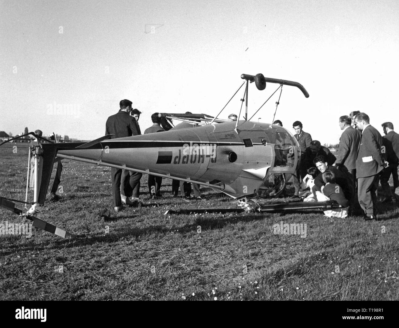 transport / transportation, aviation, disaster, a Brantly B-2 helicopter crashed on a meadow, Germany, early 1960s, Additional-Rights-Clearance-Info-Not-Available Stock Photo
