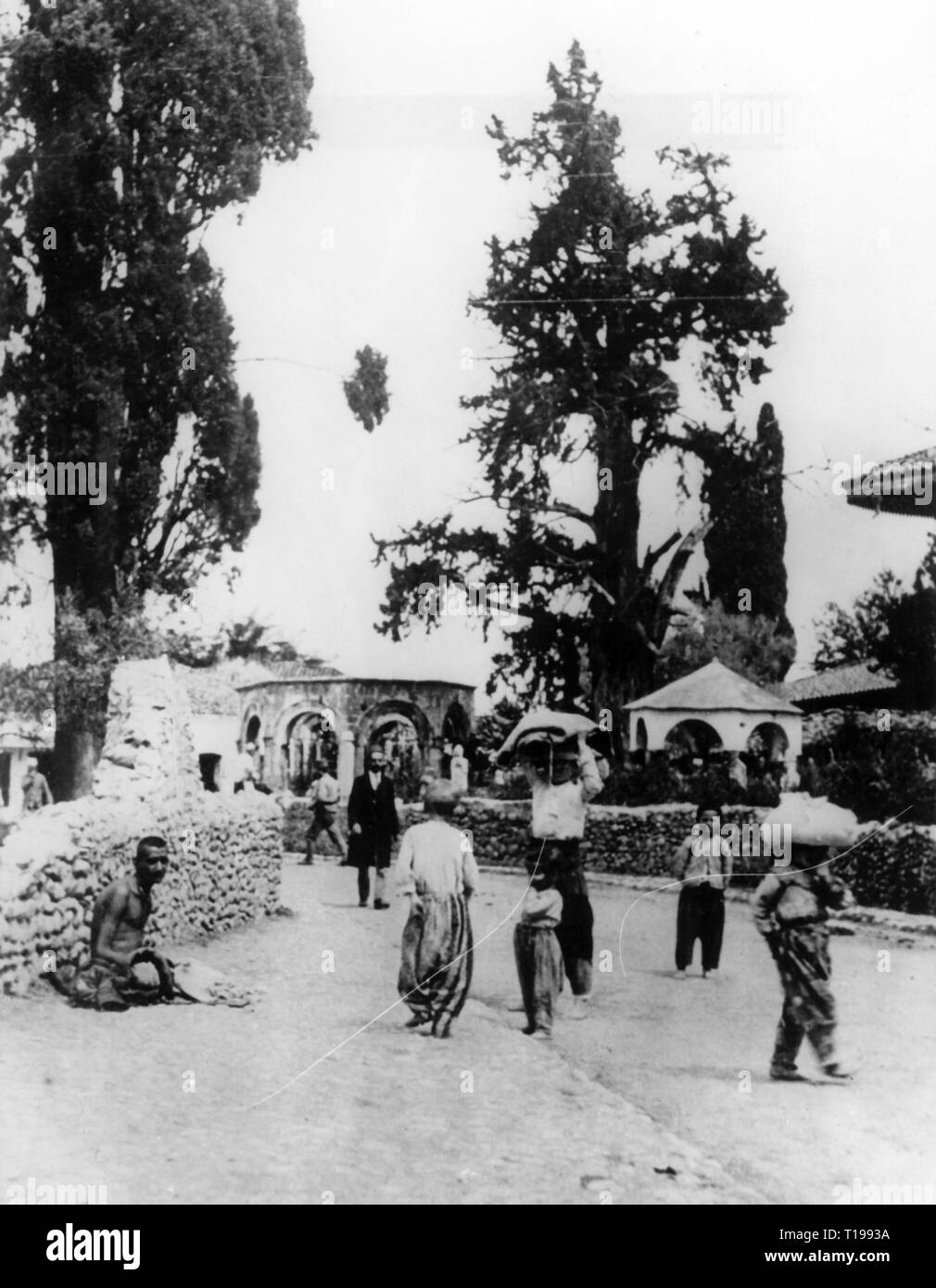 geography / travel historic, Albania, cities and communities, Tirana, street, street scene, 1930s, Additional-Rights-Clearance-Info-Not-Available - Stock Image