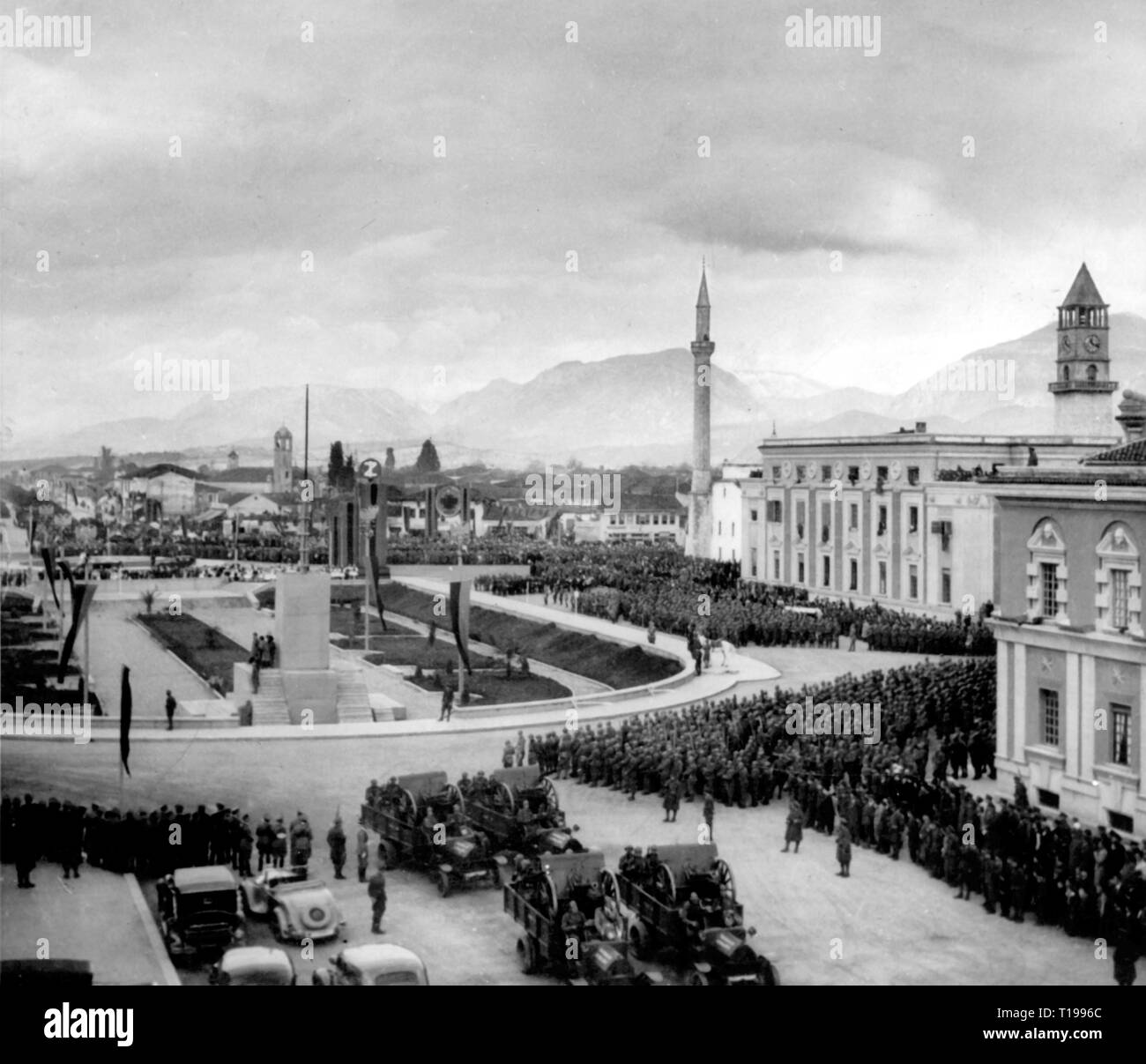 geography / travel historic, Albania, cities and communities, Tirana, squares, Skanderbeg square, military review, 1930s, Additional-Rights-Clearance-Info-Not-Available - Stock Image
