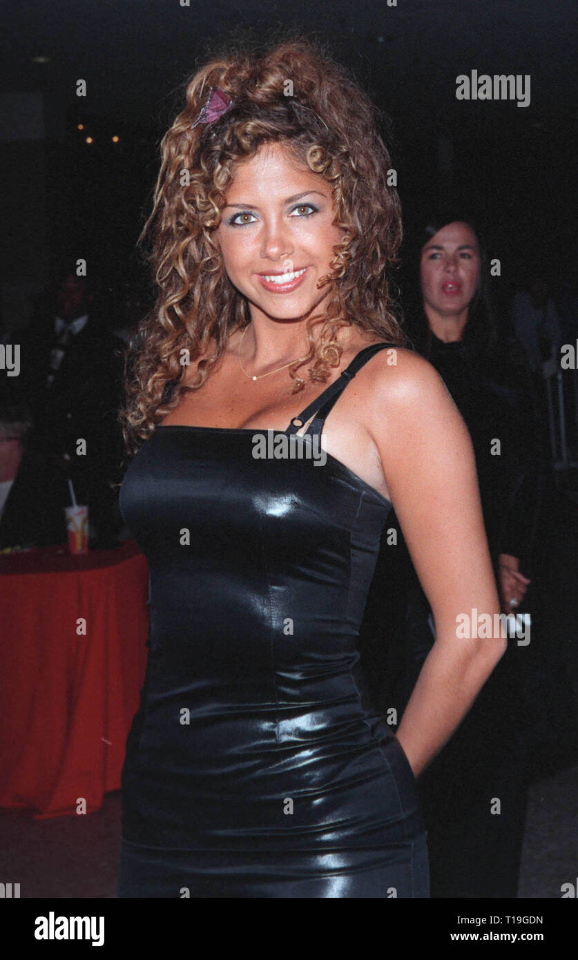 LOS ANGELES, CA - October 13, 1998:  Singer SAMANTHA COLE at the Los Angeles premiere of 'Practical Magic' which stars Sandra Bullock, Nicole Kidman, Aidan Quinn & Stockard Channing. - Stock Image