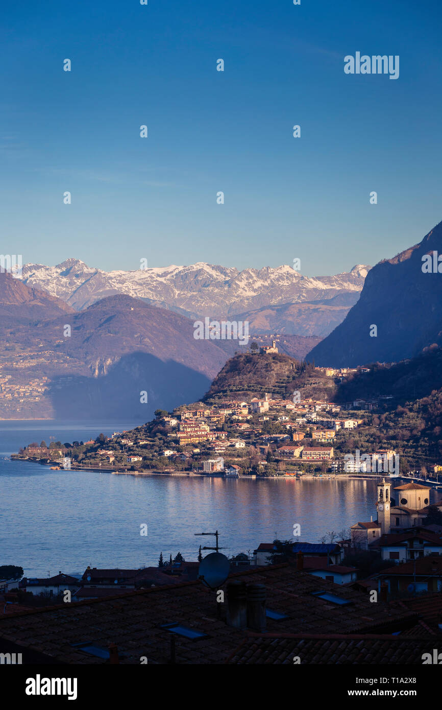 Lake Iseo seen from Sale Marasino to the north and the Alps - Stock Image