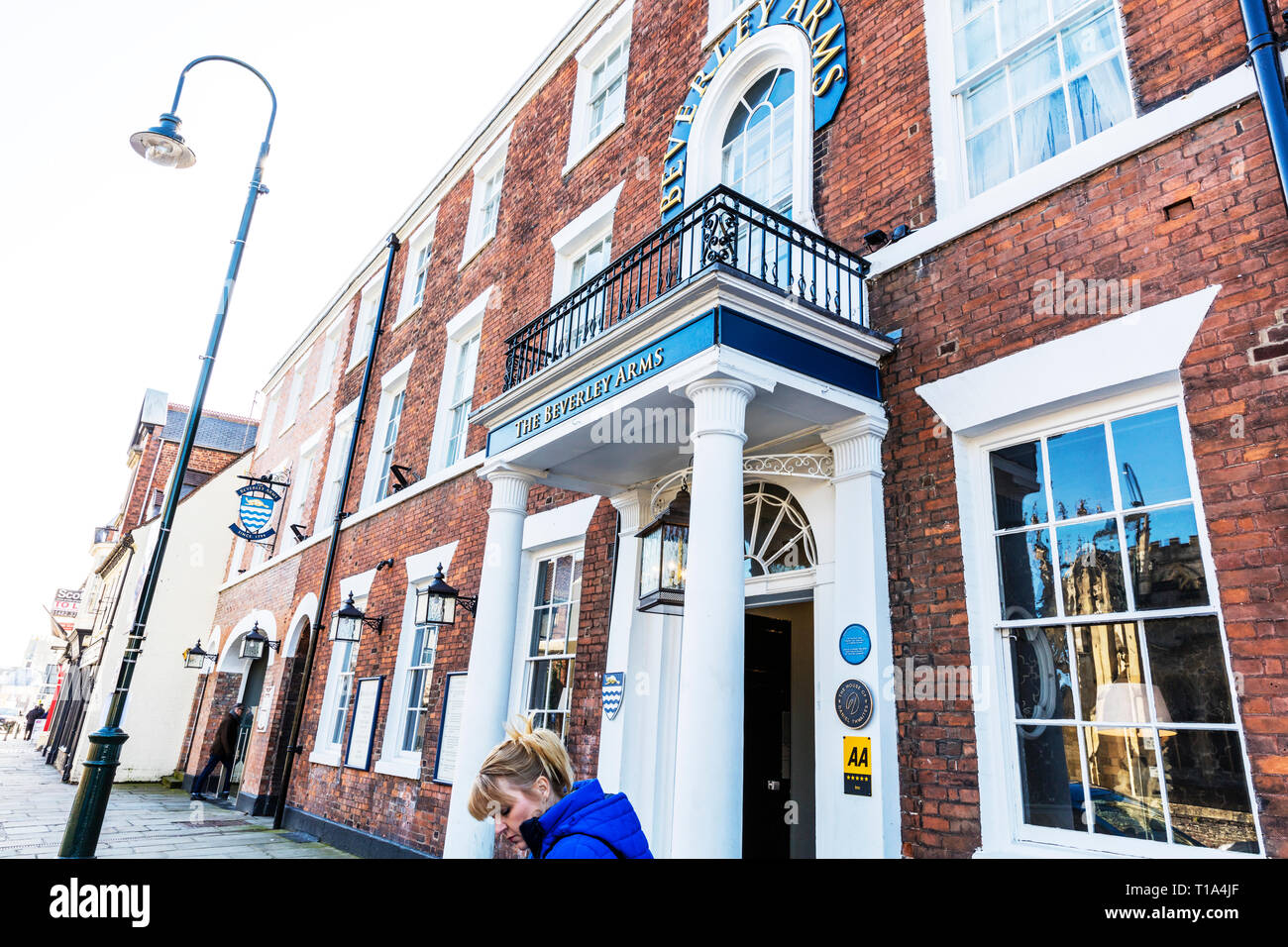 the beverley arms hotel, Beverley Town Yorkshire UK England, the beverley arms, hotel, hotels, front, sign, entrance, Beverley Arms Hotel, Beverley UK Stock Photo
