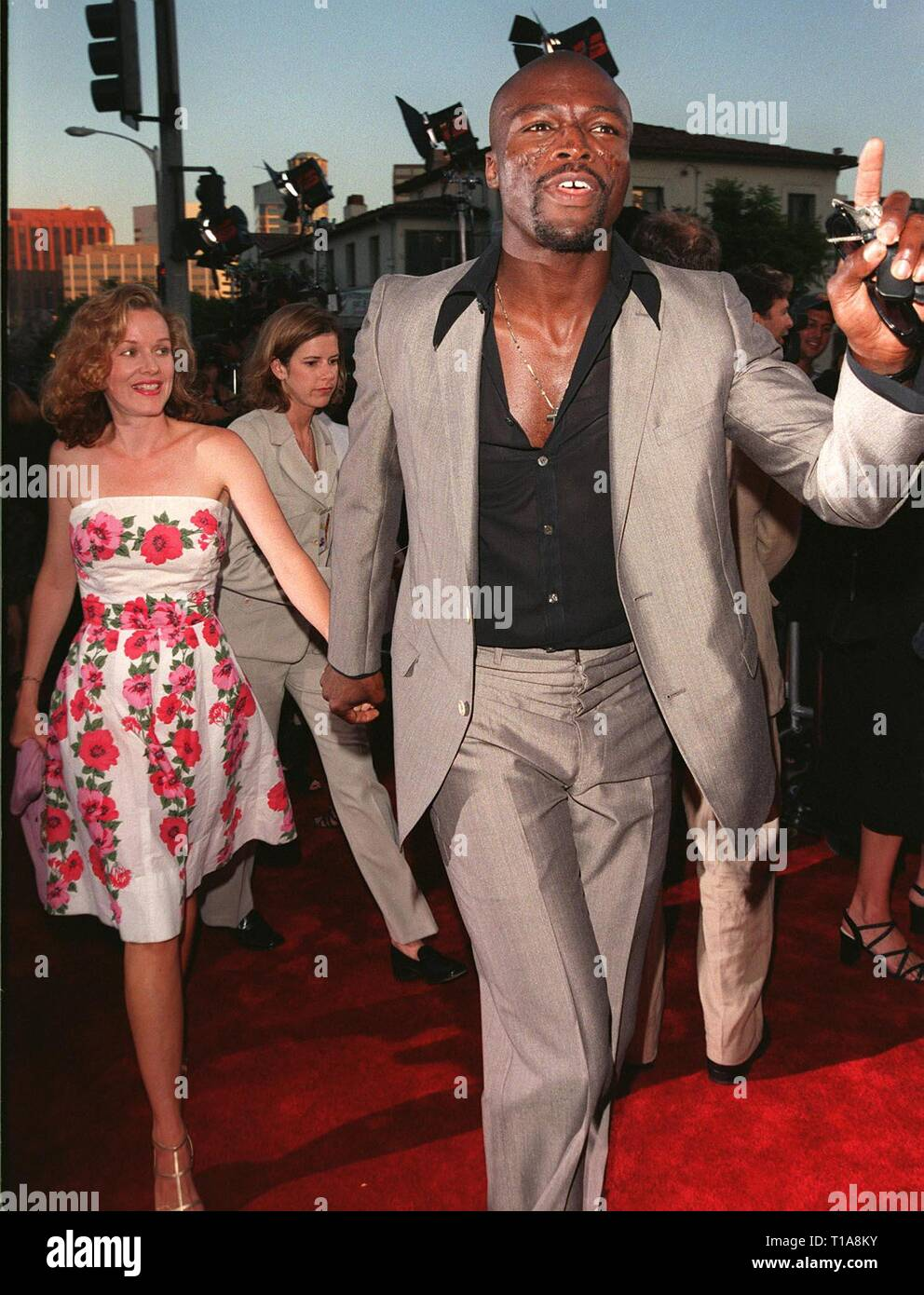 LOS ANGELES, CA - July 9, 1998: Pop star SEAL & actress PENELOPE ANN MILLER at the world premiere, in Los Angeles, of 'There's Something About Mary.' - Stock Image