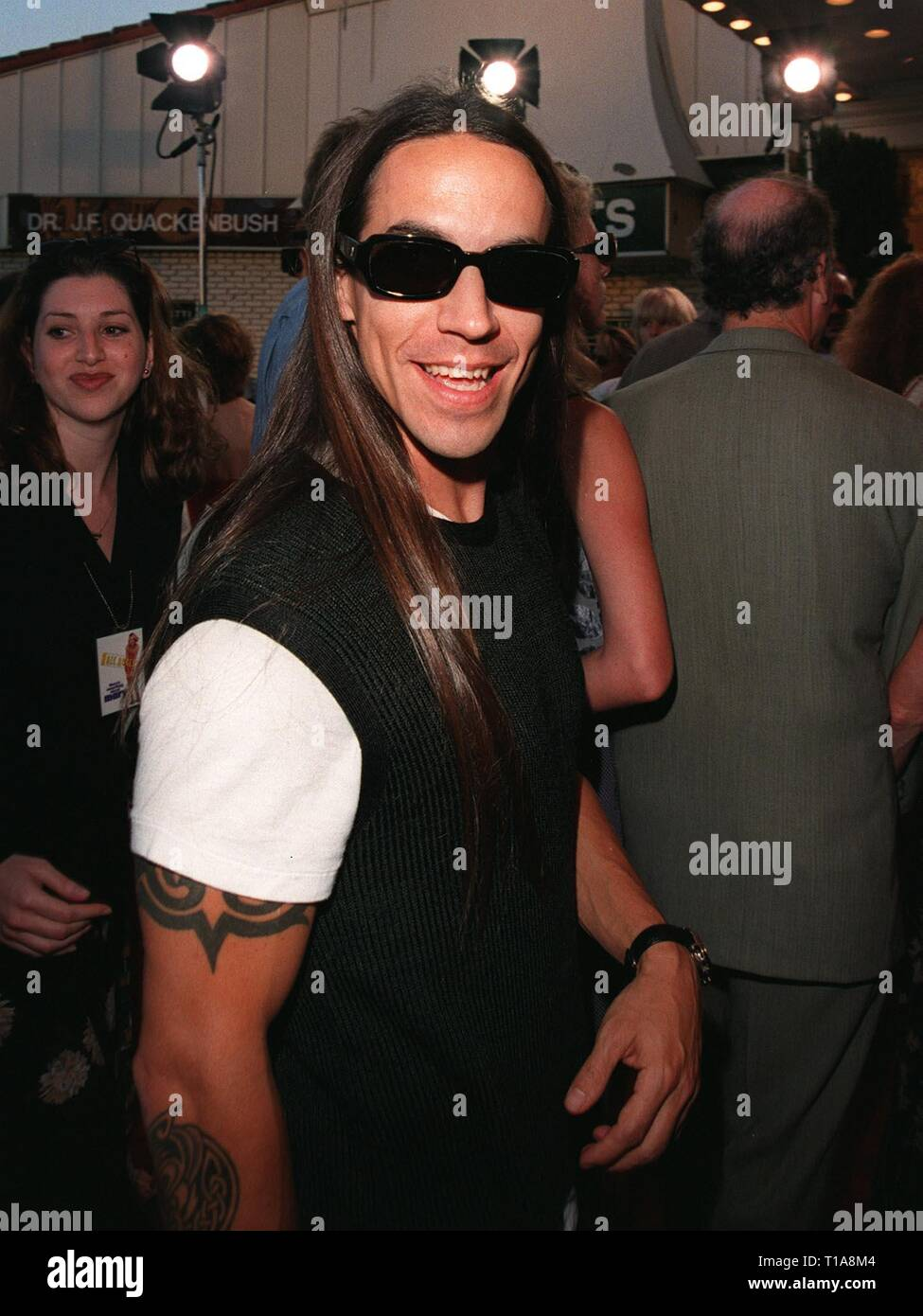 LOS ANGELES, CA - July 9, 1998: 'Red Hot Chilli Peppers' star ANTHONY KEIDIS at the world premiere, in Los Angeles, of 'There's Something About Mary.' - Stock Image