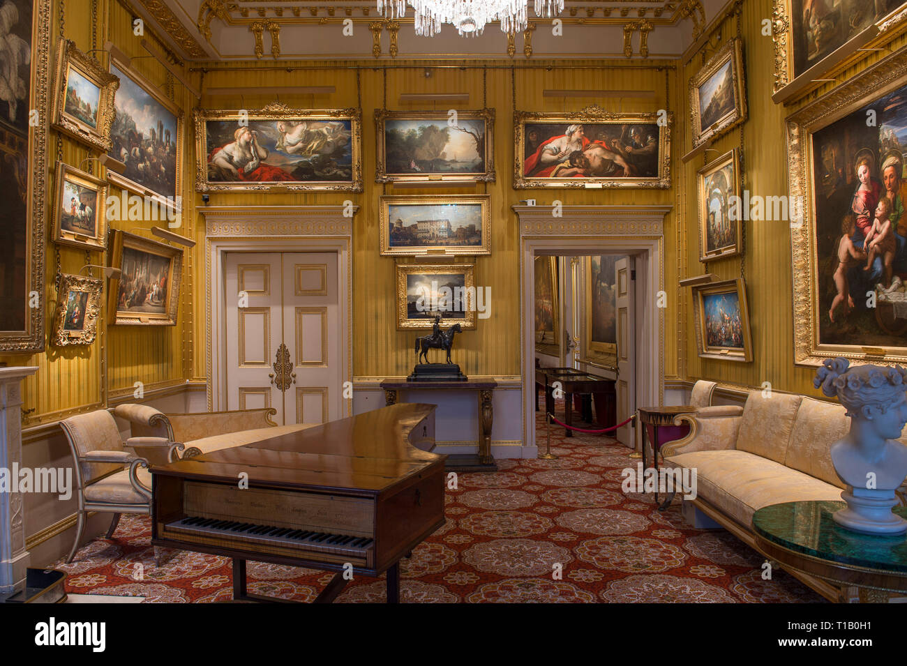 Apsley House, London, UK. 25 March, 2019. 'Young Wellington in India' exhibition explores the early years and provide insights into the man known globally as the 1st Duke of Wellington, who later defeated Napoleon Bonaparte at Waterloo in 1815. The exhibition runs from 30 March - 3 November 2019. Credit: Malcolm Park/Alamy Live News. - Stock Image