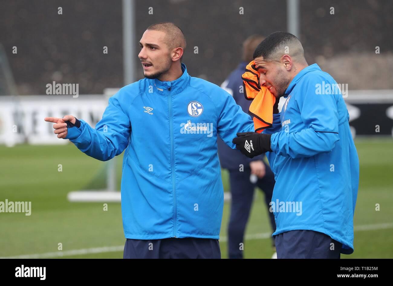 firo: 25.03.2019, Football, 2018/2019, 1.Bundesliga: FC Schalke 04 - Training gesture Ahmed Kutucu and Omar Mascarell   usage worldwide - Stock Image