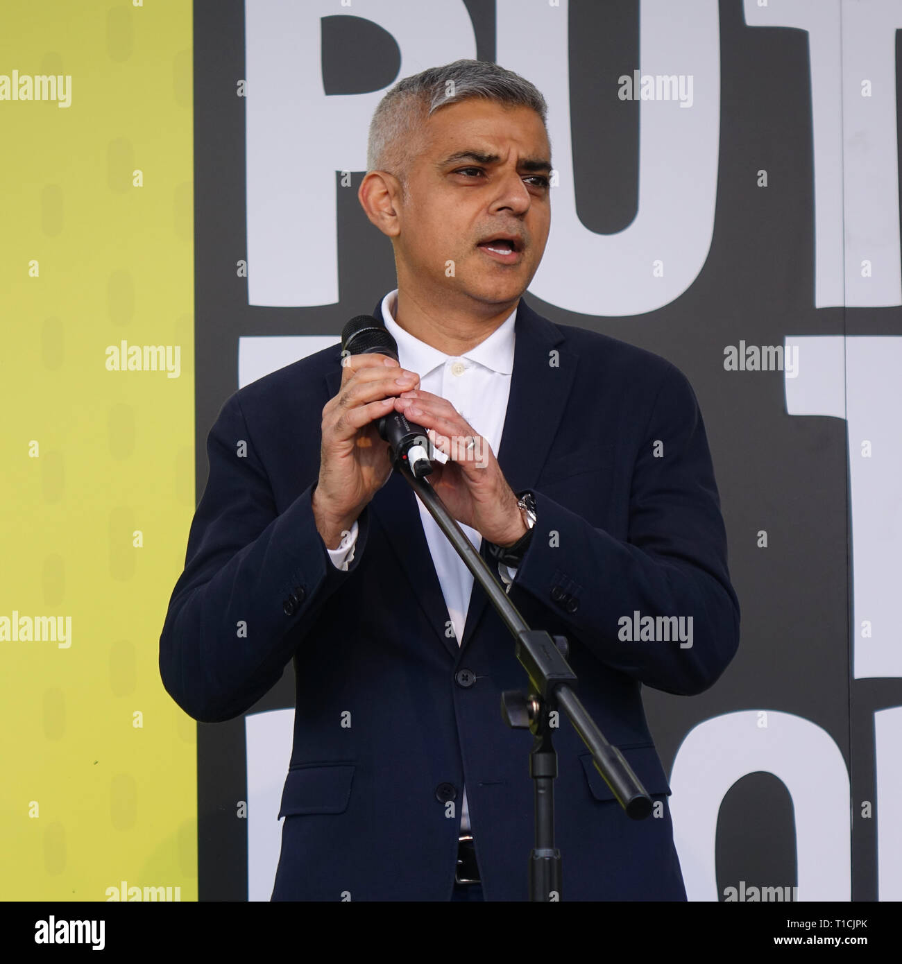 London, UK. 23rd March, 2019. London Mayor Sadiq Khan speaks on 'People's Vote' March in Parliament Square. - Stock Image