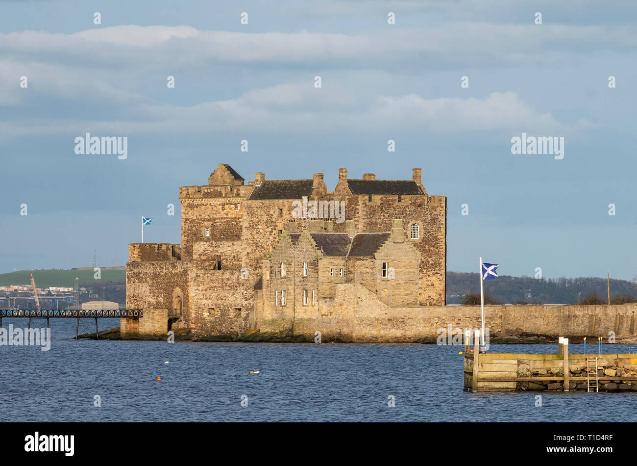 Blackness Castle on the shore of the Firth of Forth near Linlithgow. It has been used as a film location and most recently in the Outlander tv series. - Stock Image