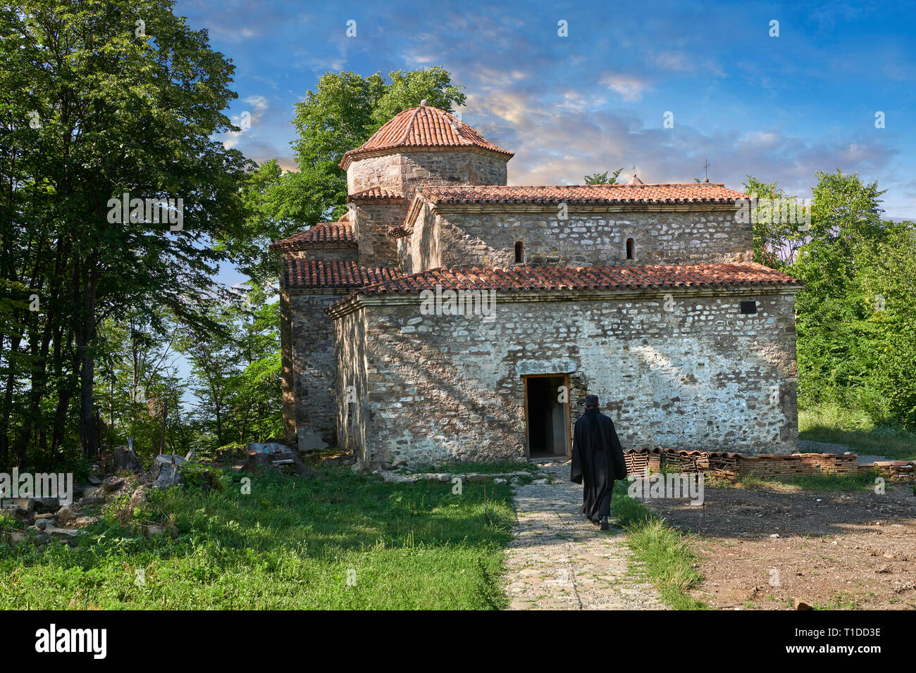 Pictures & images of (foreground) sixth century triple naive basilica behind which is a  a tetraconch cupola church from the first quarter of the seve - Stock Image