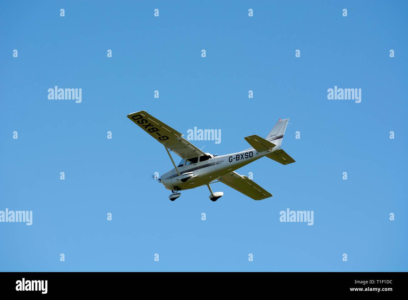 Cessna 172 Plane Stock Photos & Cessna 172 Plane Stock Images - Alamy