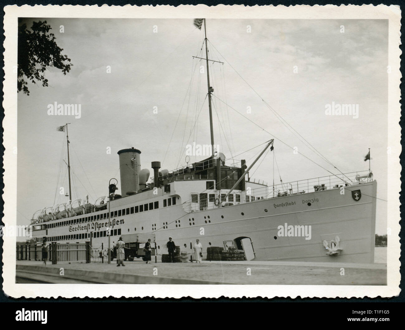 """Germany, passenger ship of the """" Seedienst Ostpreußen """" (sea service East Prussia), called """" Hansestadt Danzig"""", in Swinemünde, July 1935, today Poland, West Pomeranien, Swinoujscie, Additional-Rights-Clearance-Info-Not-Available Stock Photo"""