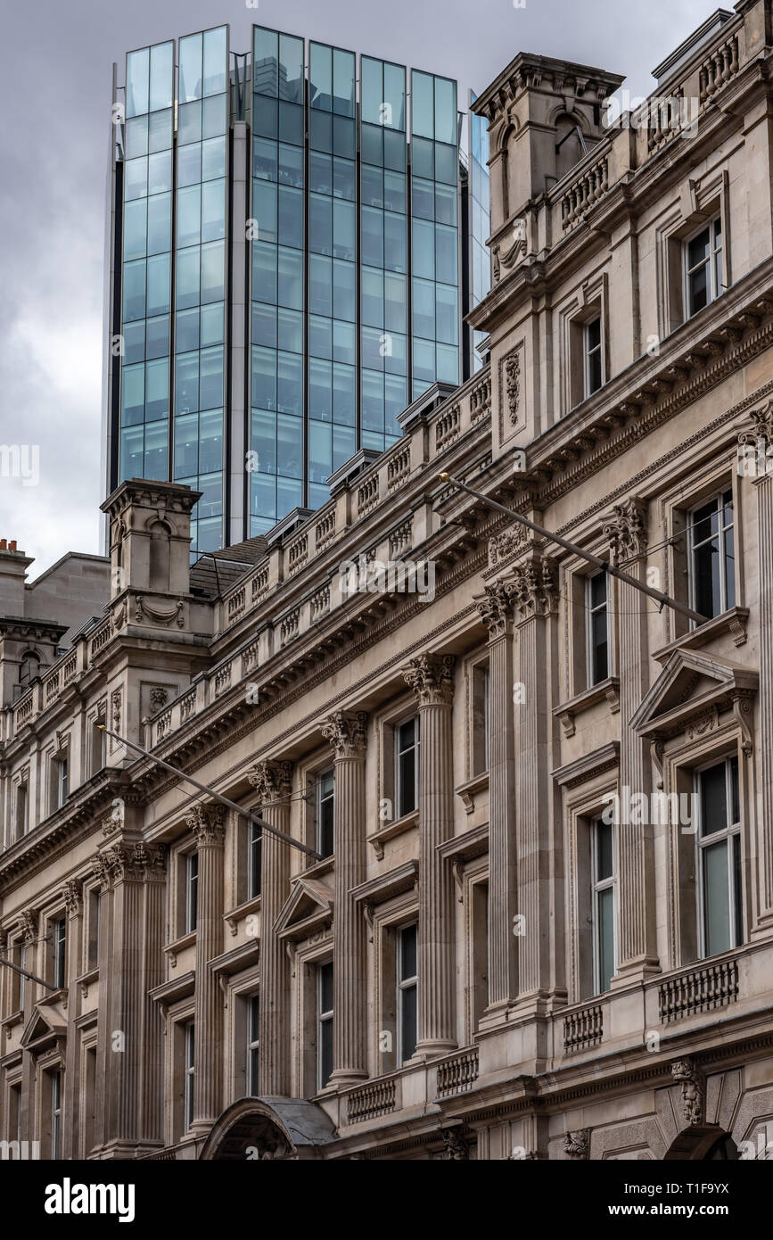 Contrasting architecture in the City of London - Stock Image