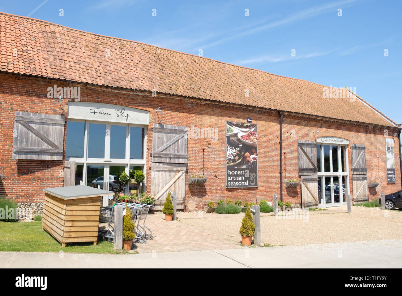 99462afe8ea Exterior of Back to the Garden farm shop and cafe in Letheringsett ...