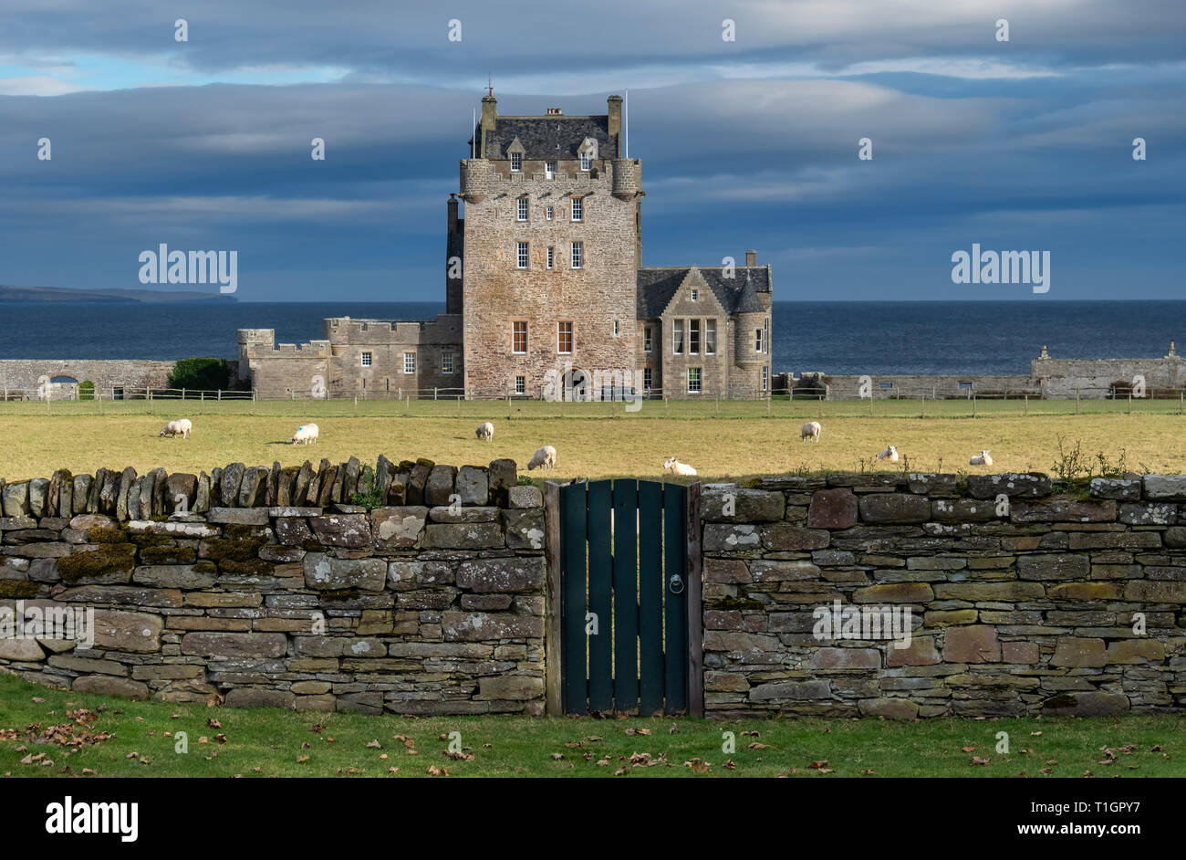 Ackergill Tower, Sinclair Bay, Caithness, Highlands, Scotland, UK - Stock Image