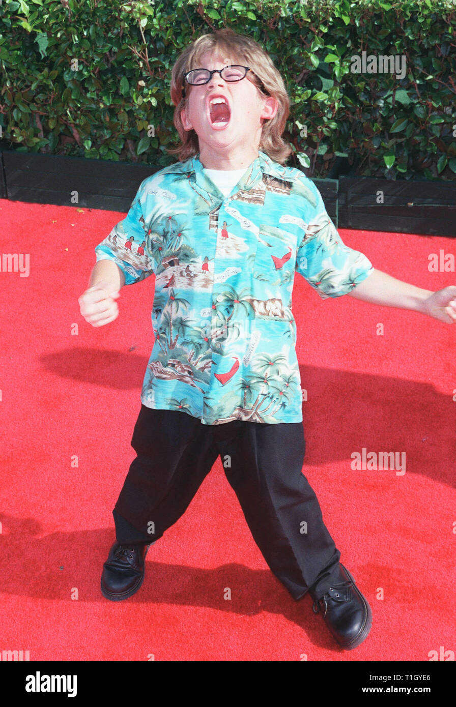 """LOS ANGELES, CA. June 12, 1999: Actor ALEX D. LINZ at the world premiere in Hollywood of Disney's latest animated movie """"Tarzan"""". Linz plays the voice of the young """"Tarzan"""". © Paul Smith/Featureflash Stock Photo"""