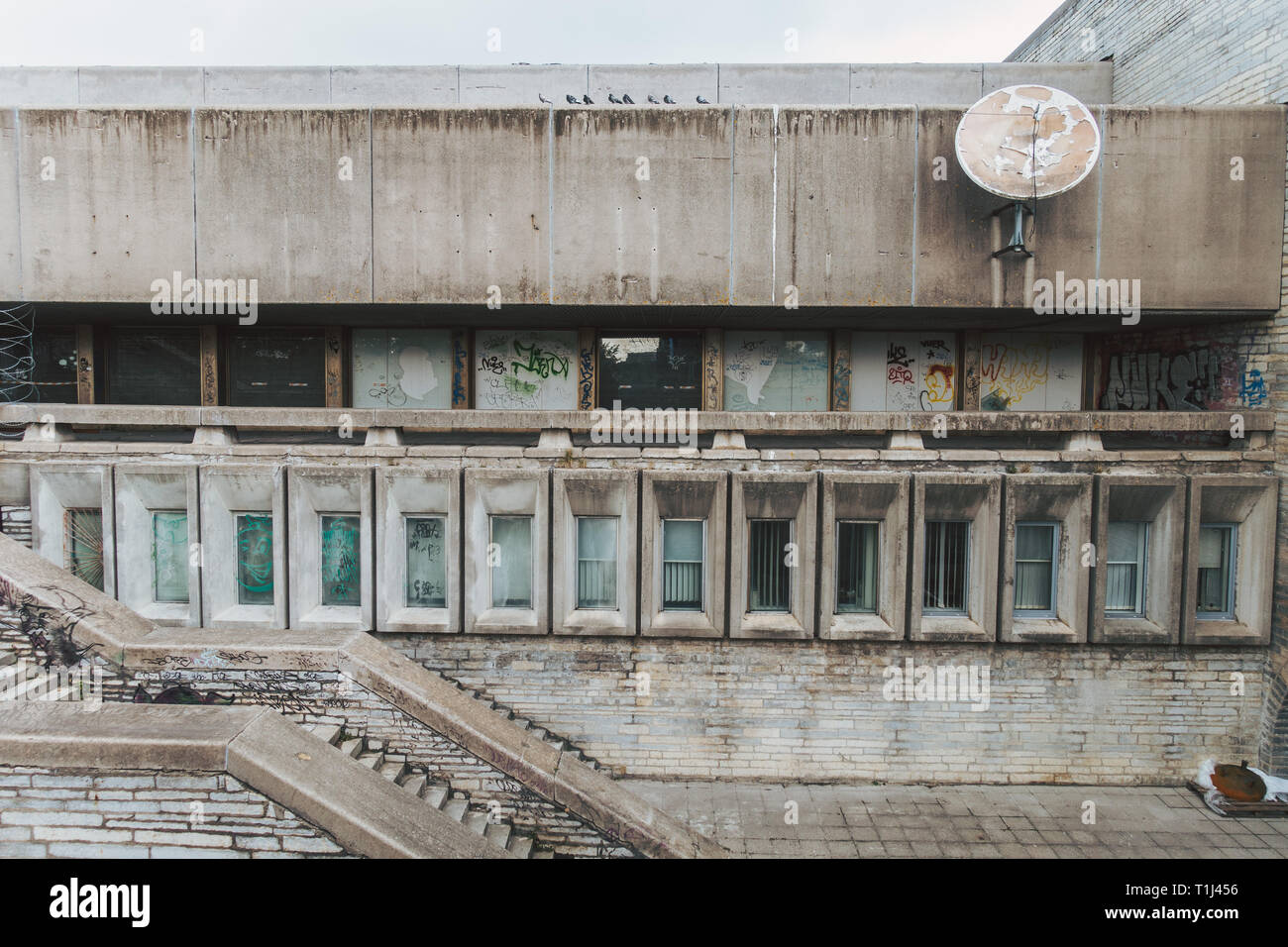 The abandoned Tallinn City Hall (Linnahall), completed in 1980 while under Soviet rule, as a venue to host the 1980 Summer Olympics yachting event - Stock Image