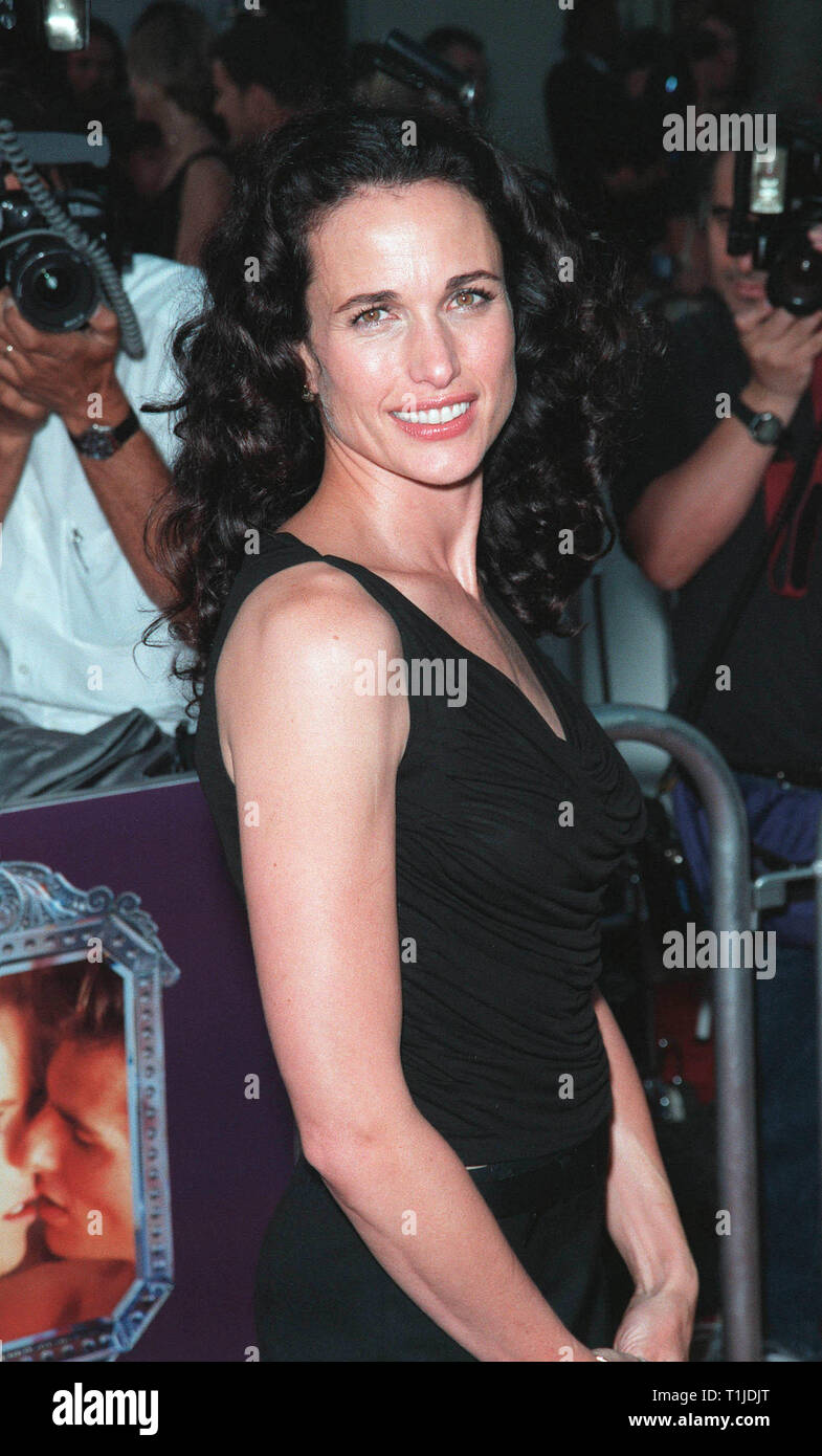 LOS ANGELES, CA. July 13, 1999:  Actress Andie MacDowell at the world premiere, in Los Angeles, of  'Eyes Wide Shut'. © Paul Smith / Featureflash - Stock Image