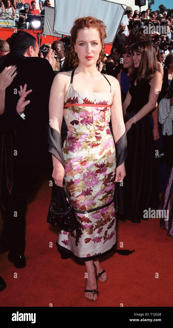 LOS ANGELES, CA - February 12, 1999:  'X-Files' star GILLIAN ANDERSON at the 51st Annual Emmy Awards in Los Angeles. © Paul Smith / Featureflash - Stock Image