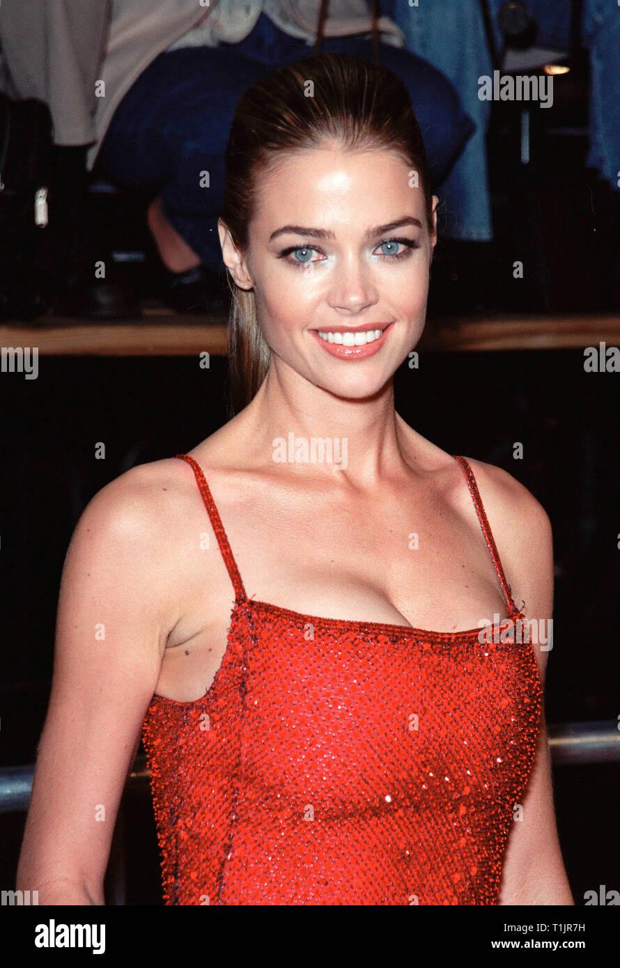 Los Angeles Ca November 09 1999 Actress Denise Richards