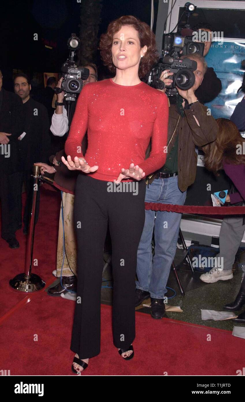 Sigourney Weaver Map World 1999 Stock Photos & Sigourney ... on huge wall maps of the world, sigourney weaver deal of the century, sigourney weaver the tv set, julianne moore movie a map of the world,