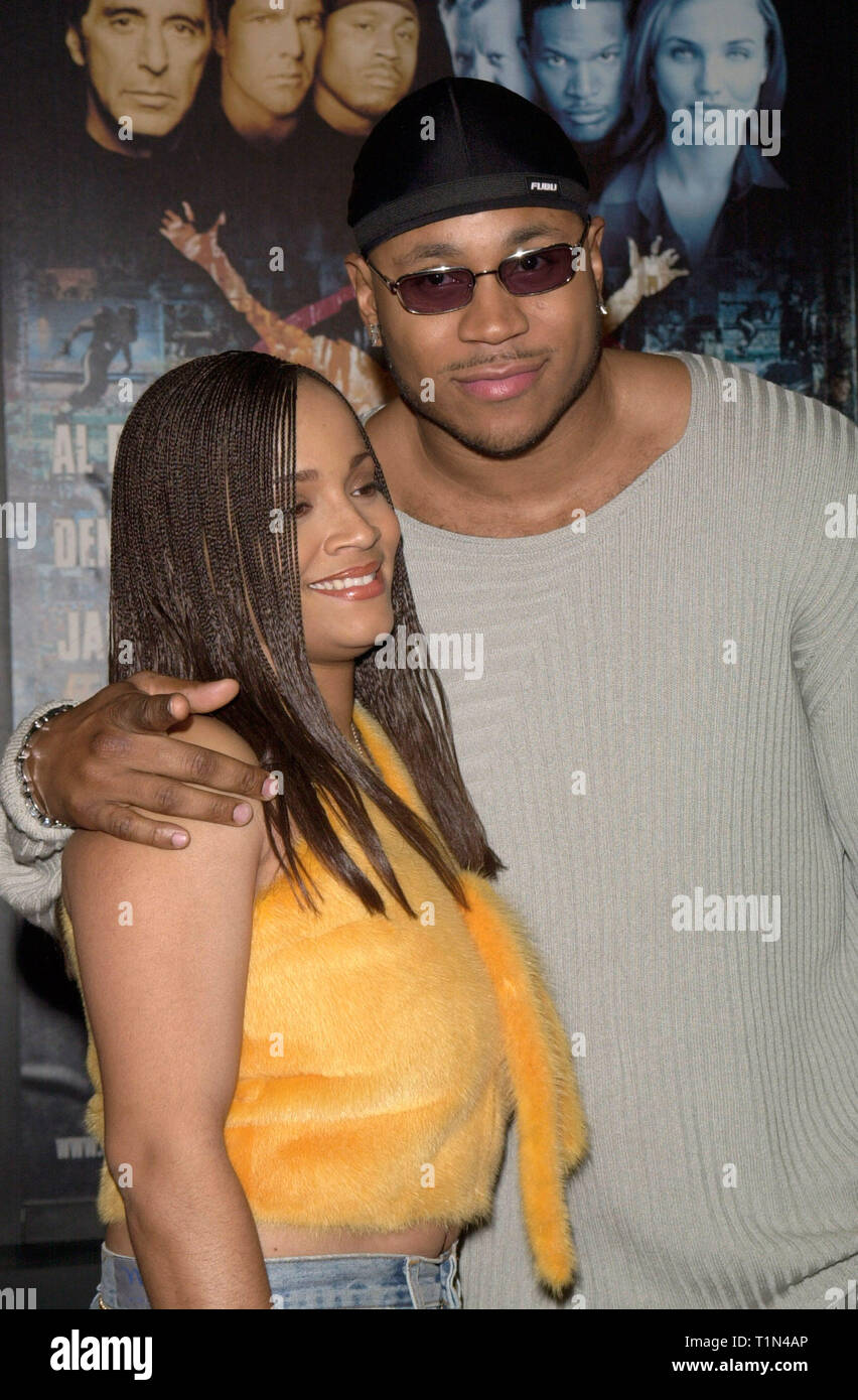LOS ANGELES, CA. December 16, 1999:  Actor/rap star LL Cool J & wife at the world premiere, in Los Angeles, of his new movie Oliver Stone's 'Any Given Sunday' in which he stars with Al Pacino & Cameron Diaz. © Paul Smith / Featureflash - Stock Image