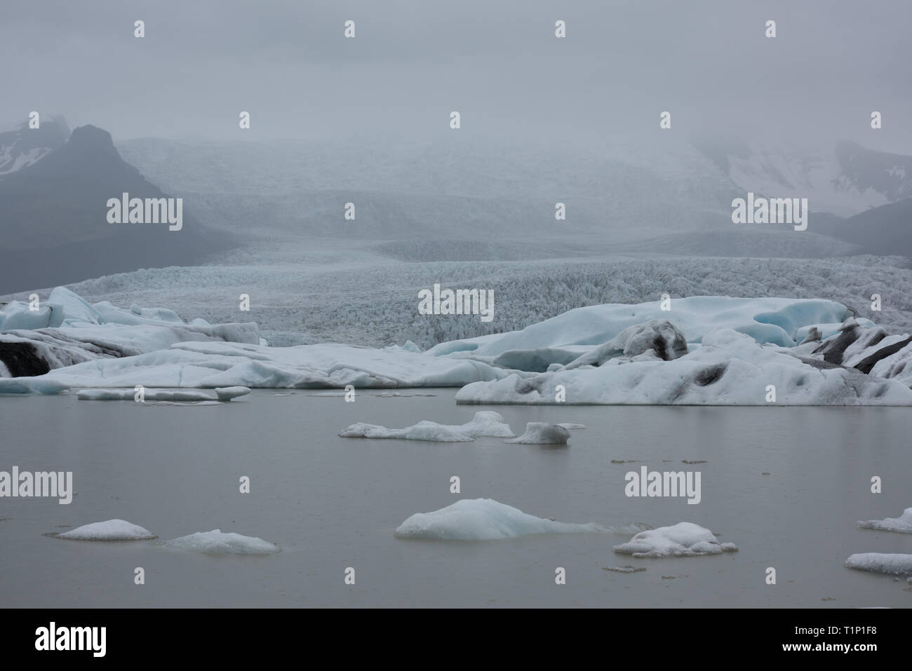 Iceland, Jokulsarlon lagoon, Beautiful cold landscape picture of icelandic glacier lagoon bay Stock Photo