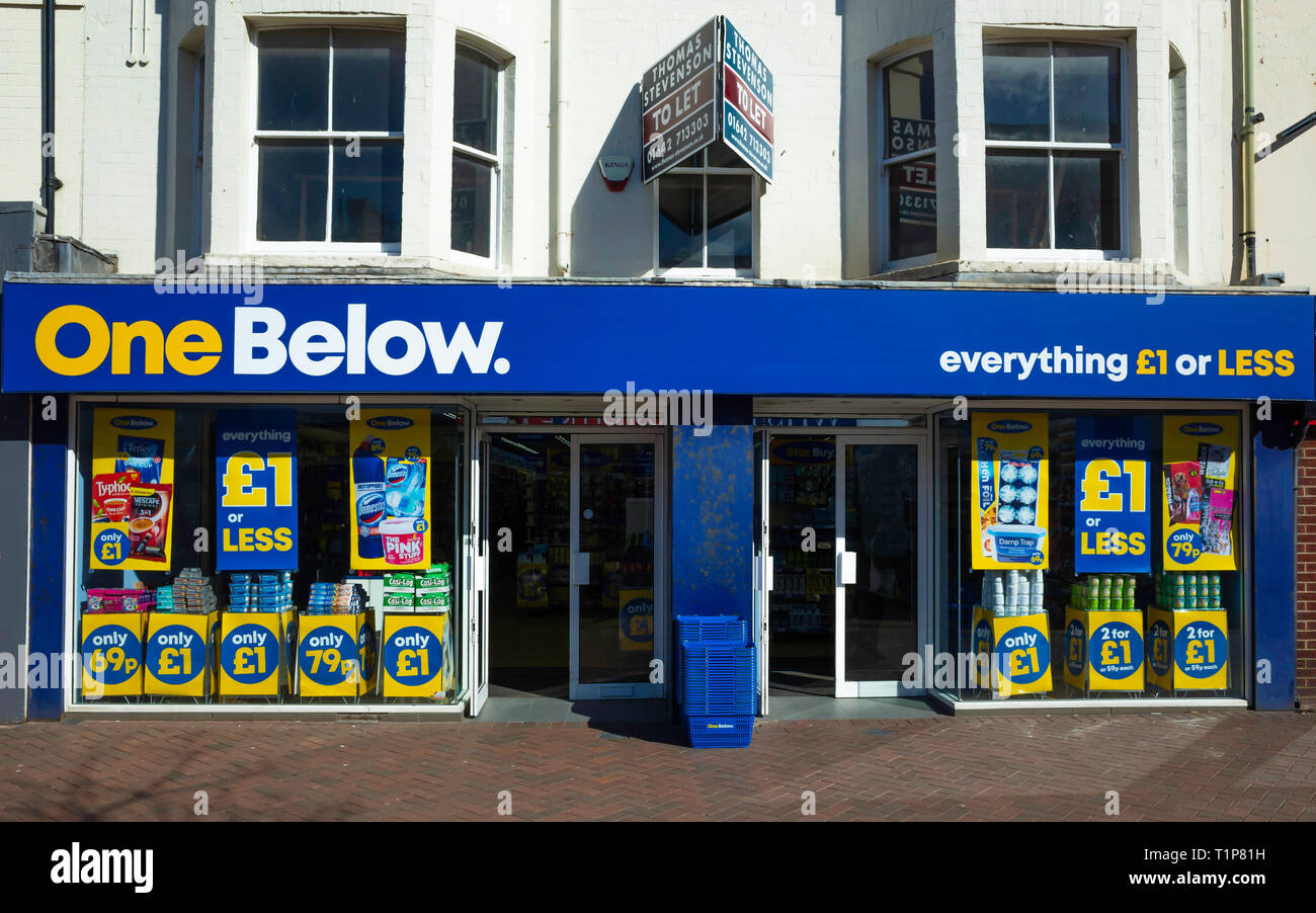 One Below a new nationwide discount chain store selling cheap goods all priced at £1  or less Stock Photo