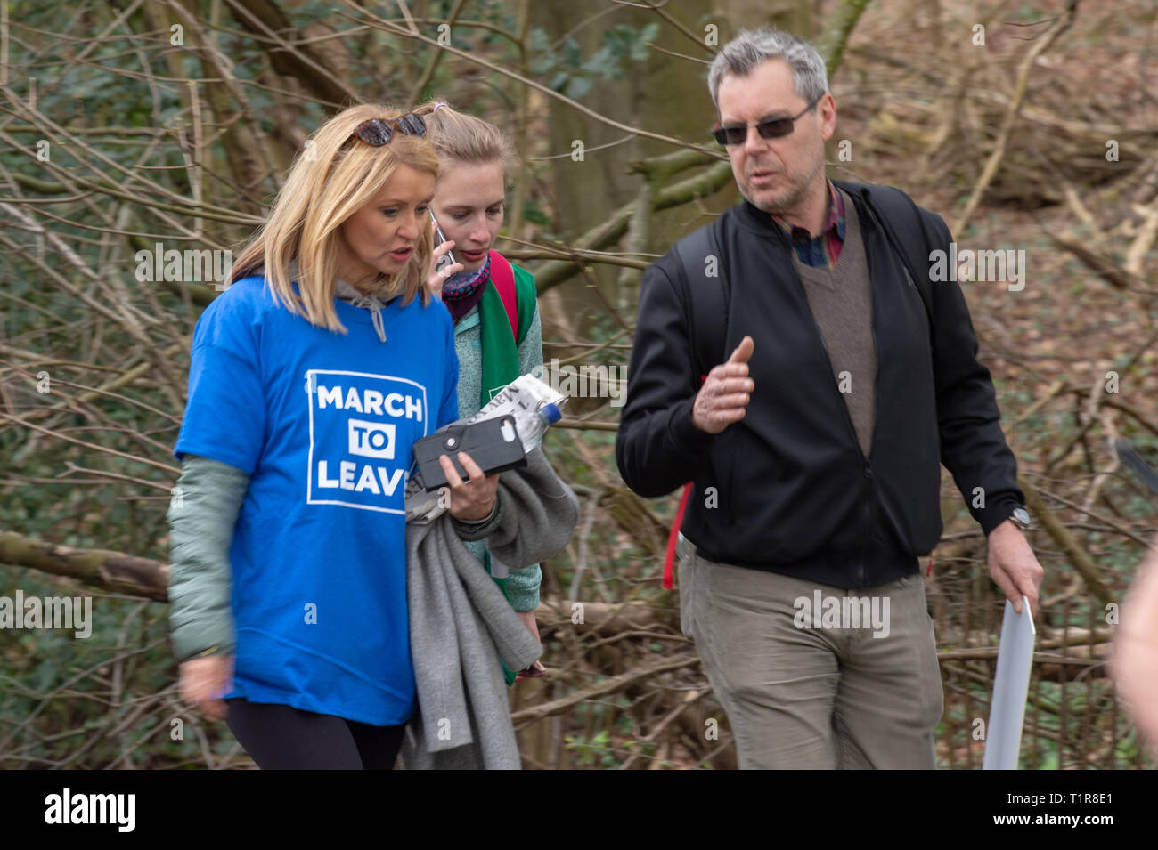 Buckinghamshire, United Kingdom. 28 March 2019. The pro Brexit campaign 'March for Leave' makes it way through Buckinghamshire after setting off from Aylesbury led by Leave Means Leave chairman John Longworth. PICTURED: Esther McVey MP in WEndover. Credit: Peter Manning/Alamy Live News Stock Photo