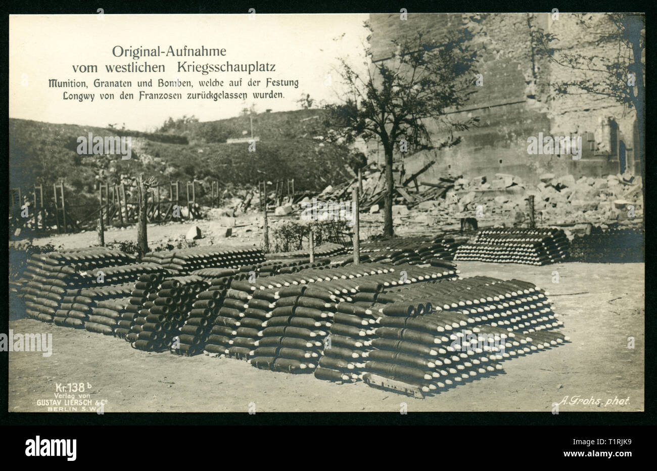 Germany, France, Meurthe-et Moselle, Grand Est, Longwy, postcard, propaganda, WW I, original text: 'Original photo from the Western theatre of war - munitions, grenades and bombs, which the French soldiers has left behind on the citadell Longwy ', photographer Alfred Grohs (1880-1935), published by Gustav Liersch and Co., Berlin (owner Siegfried Danziger, died 1941). , Additional-Rights-Clearance-Info-Not-Available - Stock Image