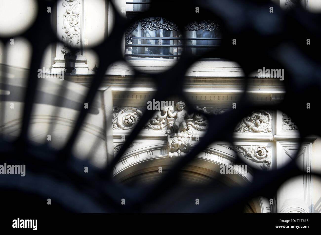 Details of a façade of a 19th century building - Paris 9th - France Stock Photo