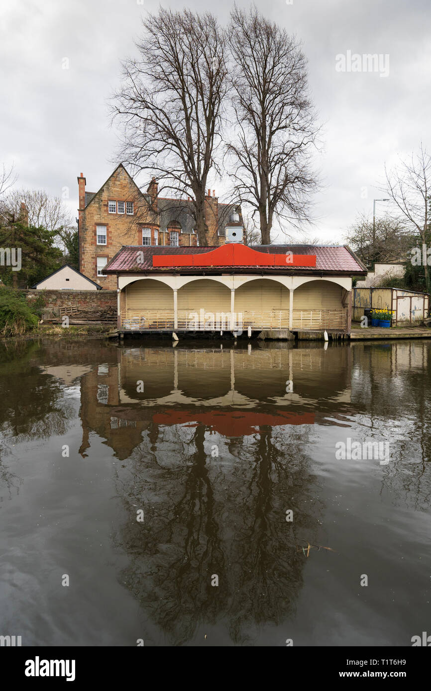 The Union Canal and Edinburgh Canal Society boathouse in early spring  in Edinburgh, Scotland, UK - Stock Image