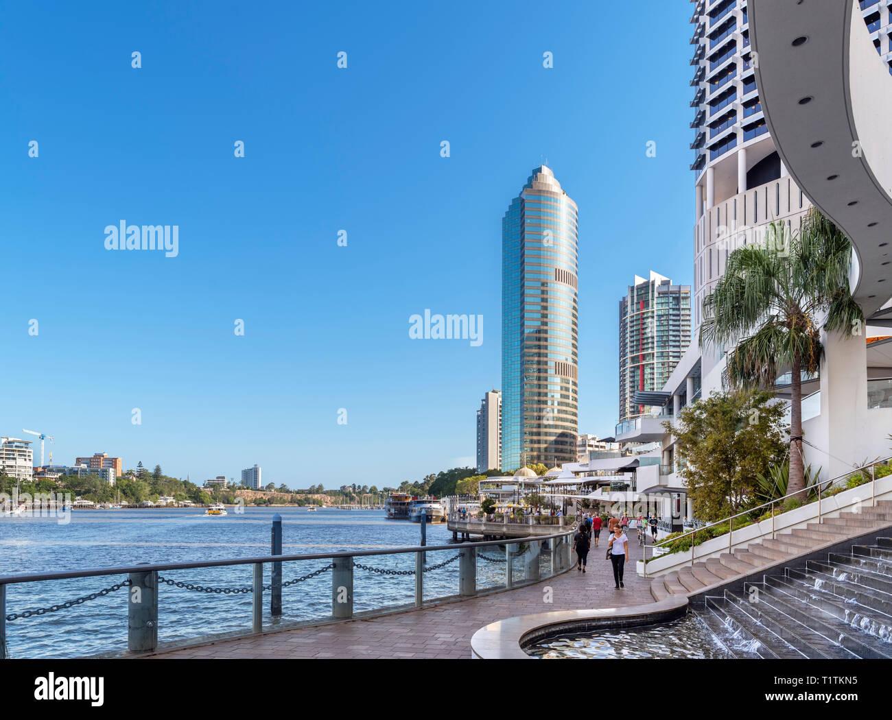 Riverfront walk in the Riverside Centre area at Eagle Street Pier, Brisbane River, Brisbane, Queensland, Australia - Stock Image