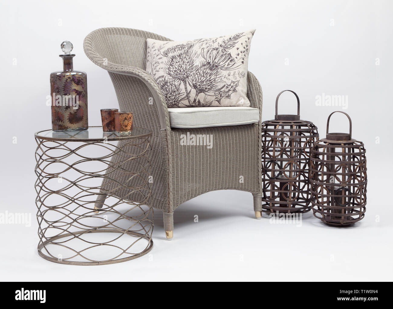 Awe Inspiring Wicker Chair And Cushions With A Side Table And Two Wicker Cjindustries Chair Design For Home Cjindustriesco