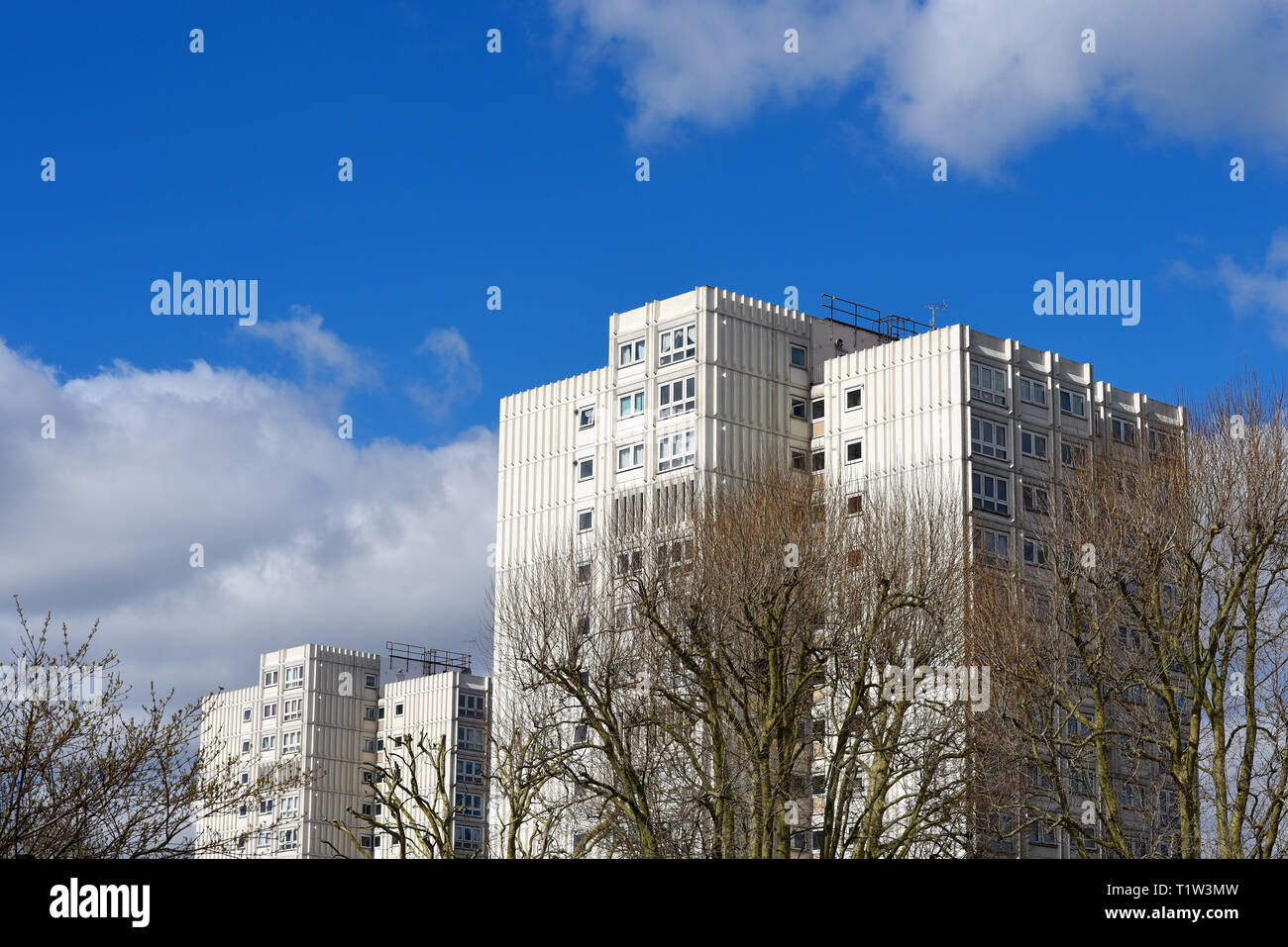 Blackdown flats in North Road, Westcliff on Sea, Essex. Managed by South Essex Homes for Southend Borough Council. High rise living. Space for copy - Stock Image