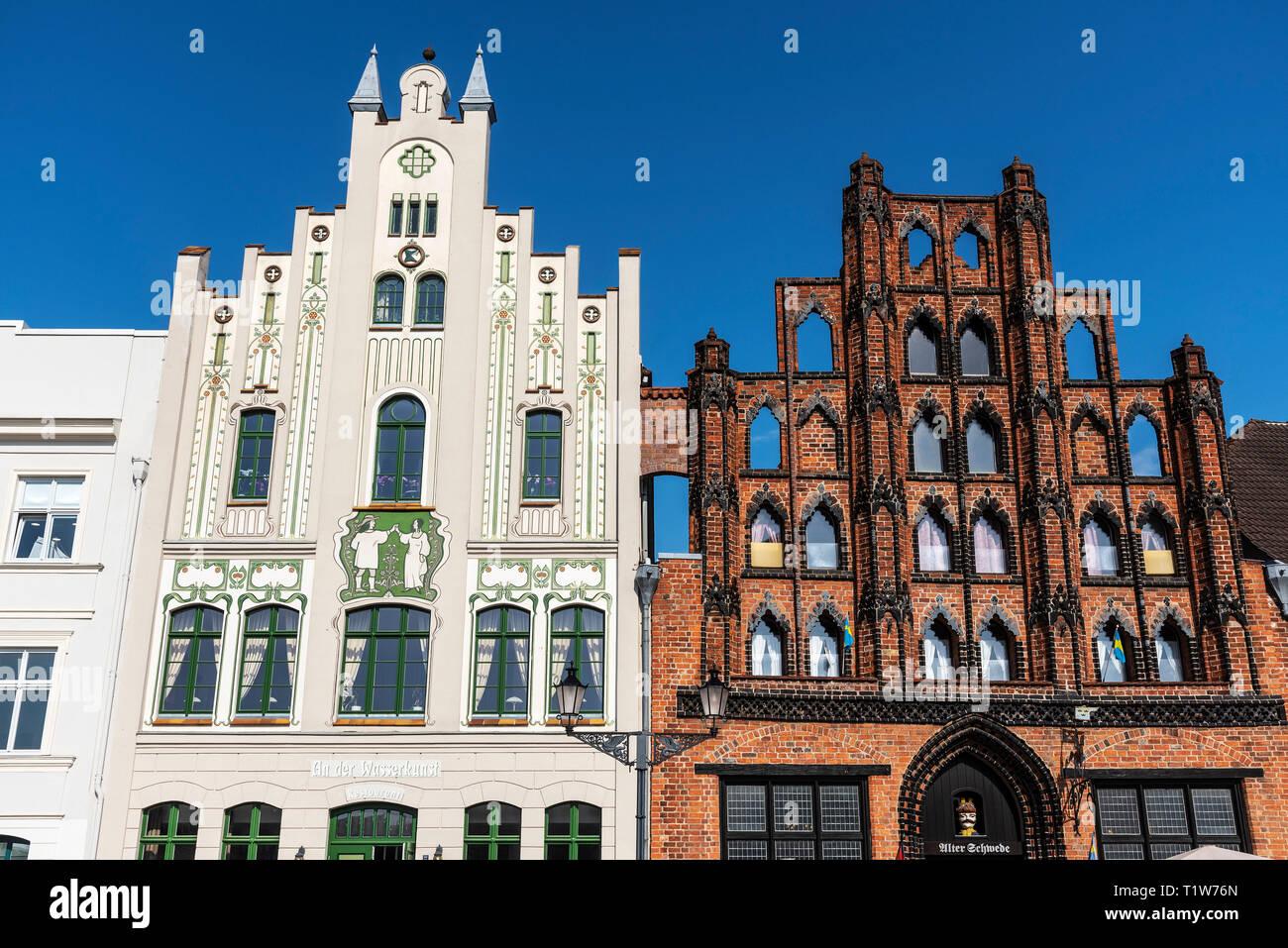 historic gabled houses, market place, Wismar, Mecklenburg-Western Pomerania, Germany - Stock Image