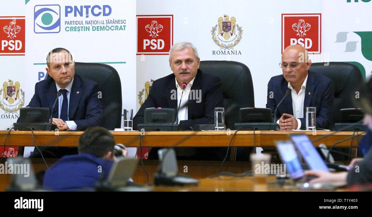 Bucharest, Romania - March 28, 2019: Liviu Dragnea (C) alongside Aurelian Pavelescu (L) and Danut Pop (R) just signed a protocon where PNTCD and PER decided to support PSD in the EP elections. Credit: lcv/Alamy Live News - Stock Image