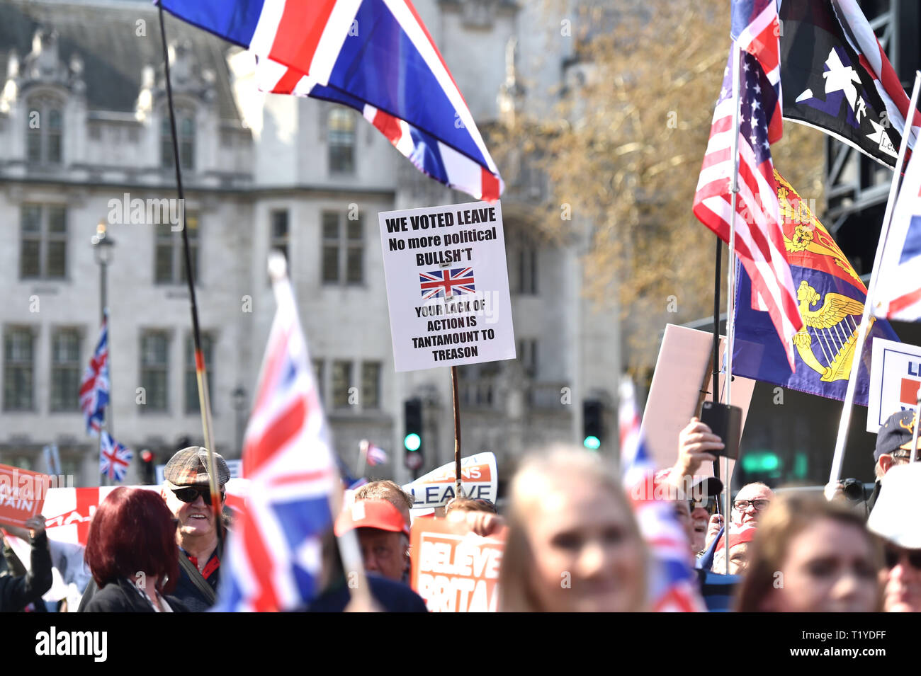 London, UK. 29th Mar, 2019. Pro Brexit supporters block off the streets around Parliament Square London today as they show their anger at not leaving the EU today causing traffic chaos in the city . MP's are sitting today to debate leaving the European Parliament on the day it was originally supposed to happen Credit: Simon Dack/Alamy Live News Stock Photo