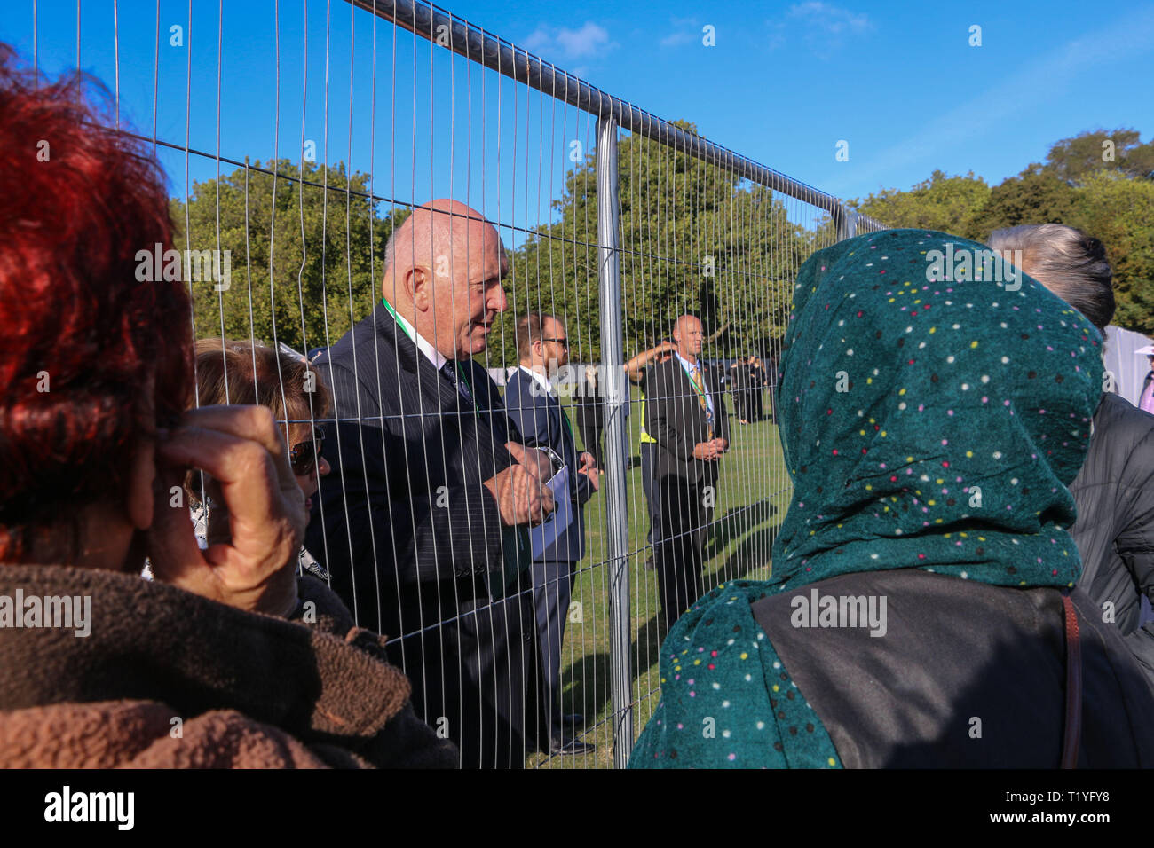 Christchurch, New Zealand. 29th Mar 2019. Australian Governor General, Perter Cosgrove, and his wife, Lynne Cosgrove, came to meet the public and to give his condolences. Around 50 people has been reportedly killed in the Christchurch mosques terrorist attack shooting targeting the Masjid Al Noor Mosque and the Linwood Mosque. Credit: SOPA Images Limited/Alamy Live News - Stock Image