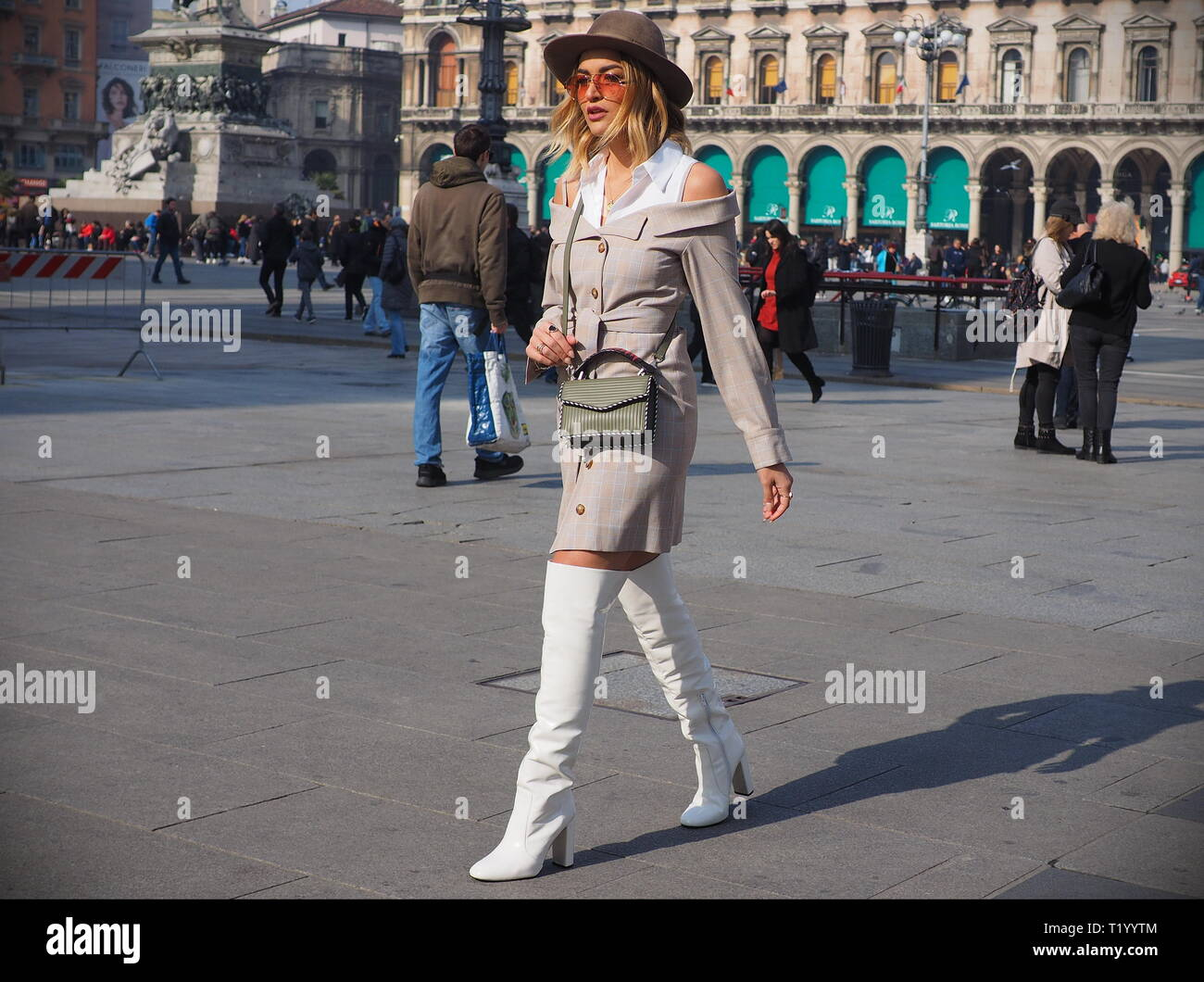d57c653813c Models Street Style Stock Photos   Models Street Style Stock Images ...