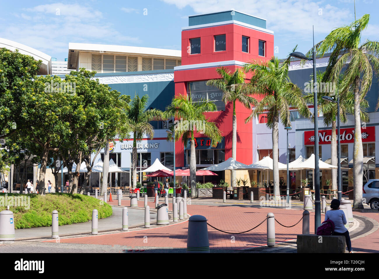 Fast food restaurants at entrance to Gateway Theatre of Shopping, Palm Boulevard, Umhlanga Ridge, Umhlanga, KwaZulu-Natal, South Africa Stock Photo