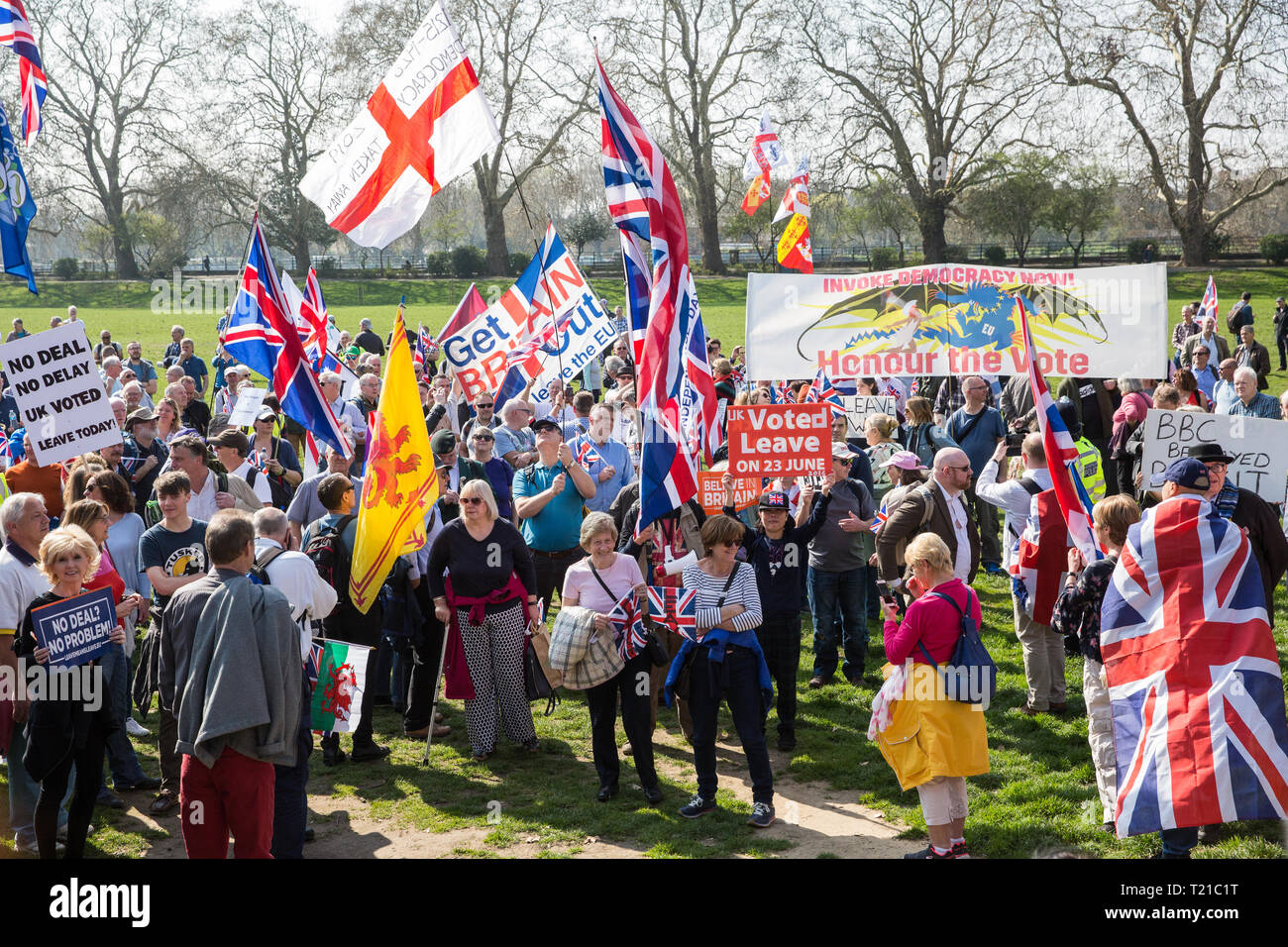 London, UK. 29th Mar, 2019. Pro-Brexit activists from Leave Means Leave march from Fulham to a rally in Parliament Square in Westminster on the final leg of the March to Leave on the day on which the UK was originally to have left the European Union. The March to Leave was organised by Leave Means Leave, with assistance from Nigel Farage, as a peaceful protest 'to demonstrate the depth and breadth of popular discontent with the way Brexit has been handled' by the Government. Credit: Mark Kerrison/Alamy Live News - Stock Image