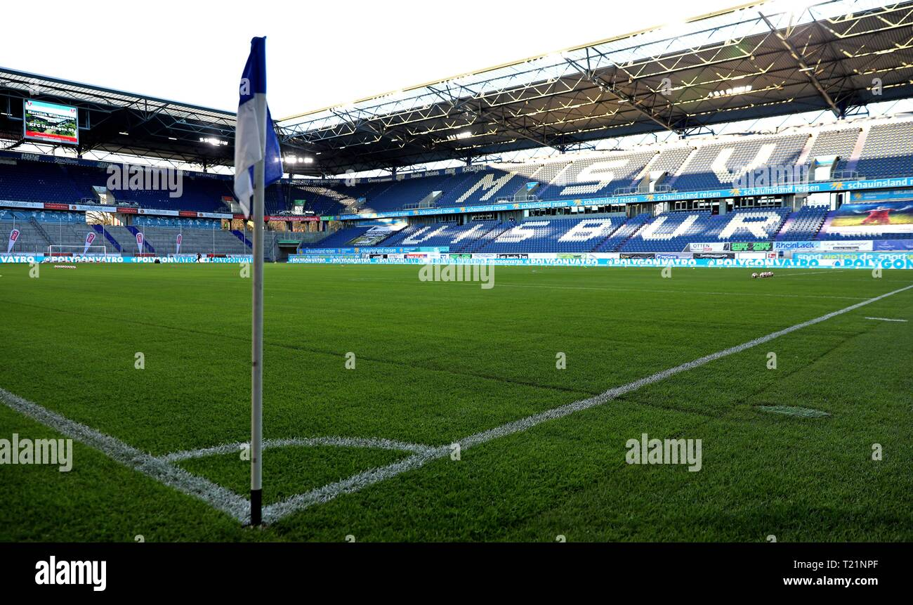 Duisburg, Deutschland. 29th Mar, 2019. firo: 29.03.2019 Football, 3rd Bundesliga, season 2018/2019 KFC Uerdingen 05 - 1. FC Kaiserslautern The new pitch in the Schauinslandreisen Arena is located. | usage worldwide Credit: dpa/Alamy Live News - Stock Image