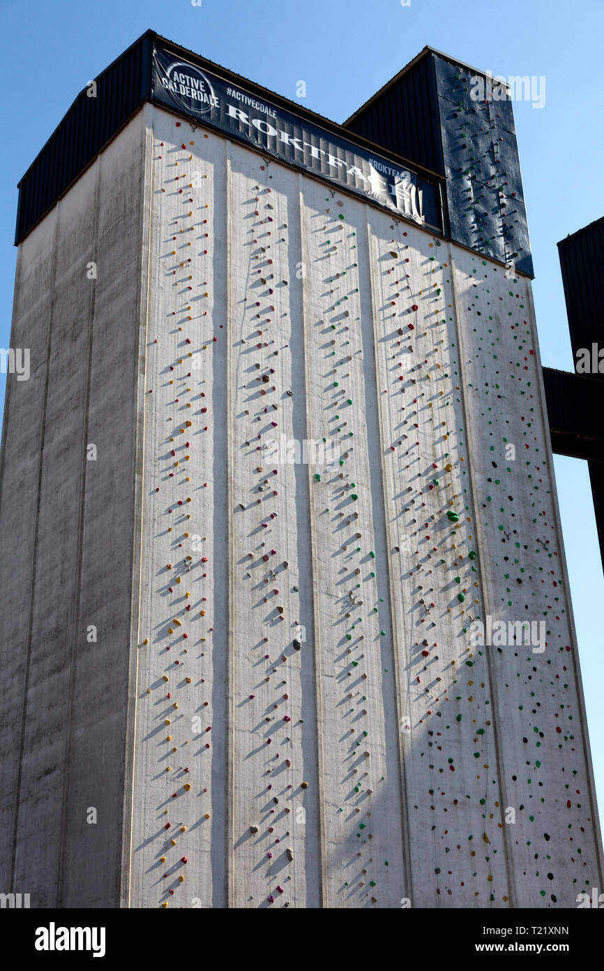 Roktface, UK's highest man-made climbing wall, on a disused grain silo, Brighouse, West Yorkshire - Stock Image