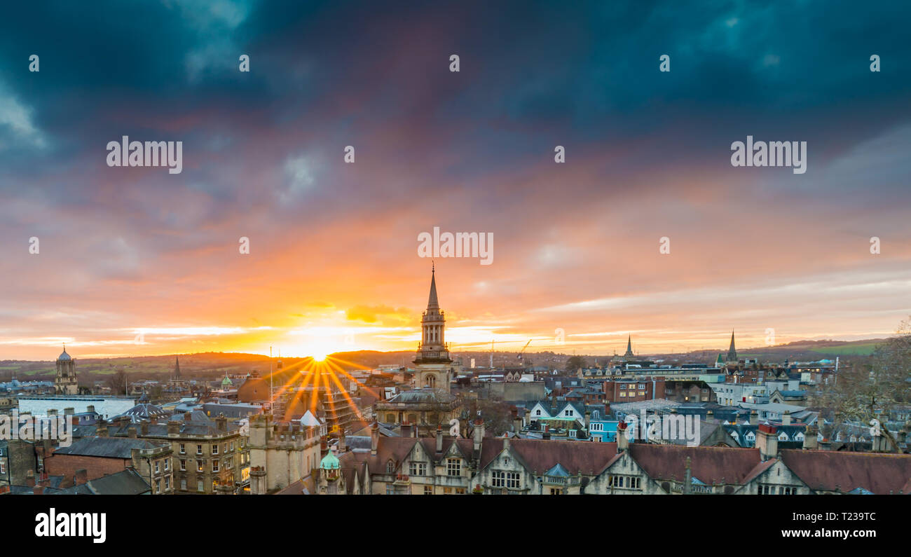 A sunstar over the historic town of Oxford - Stock Image