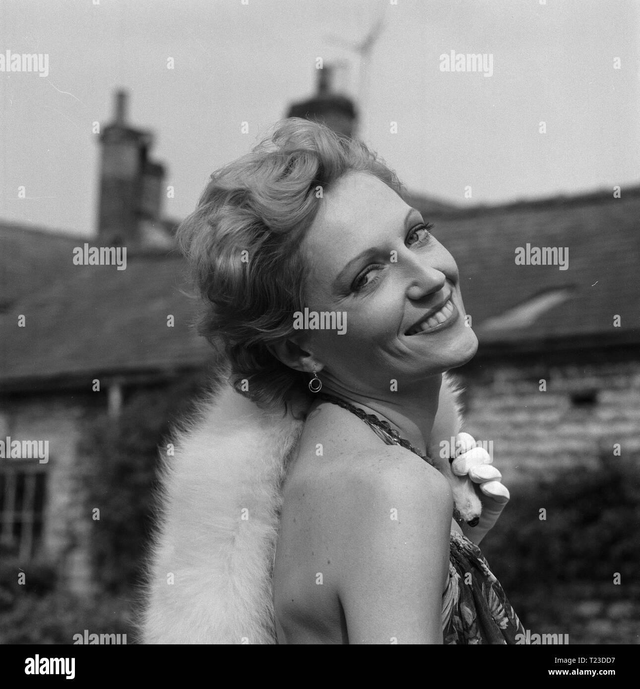 Jenny Runacre Nude Photos 99
