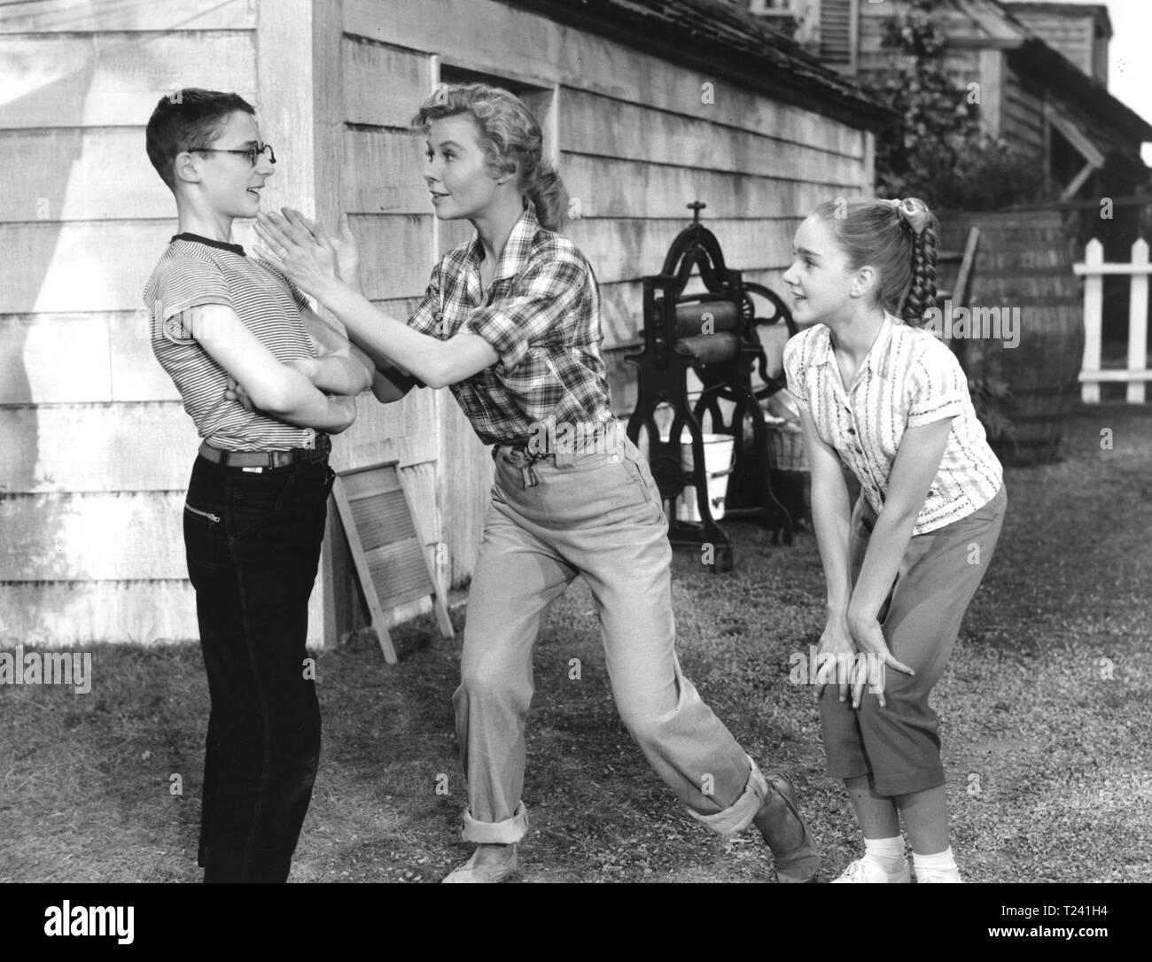Let's Be Happy (1957) Vera-Ellen Date: 1957 Stock Photo - Alamy