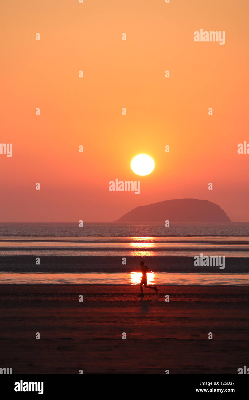 Hot Un Stock >> Sunset Over Weston Super Mare Beach Somerset Coastline Deep