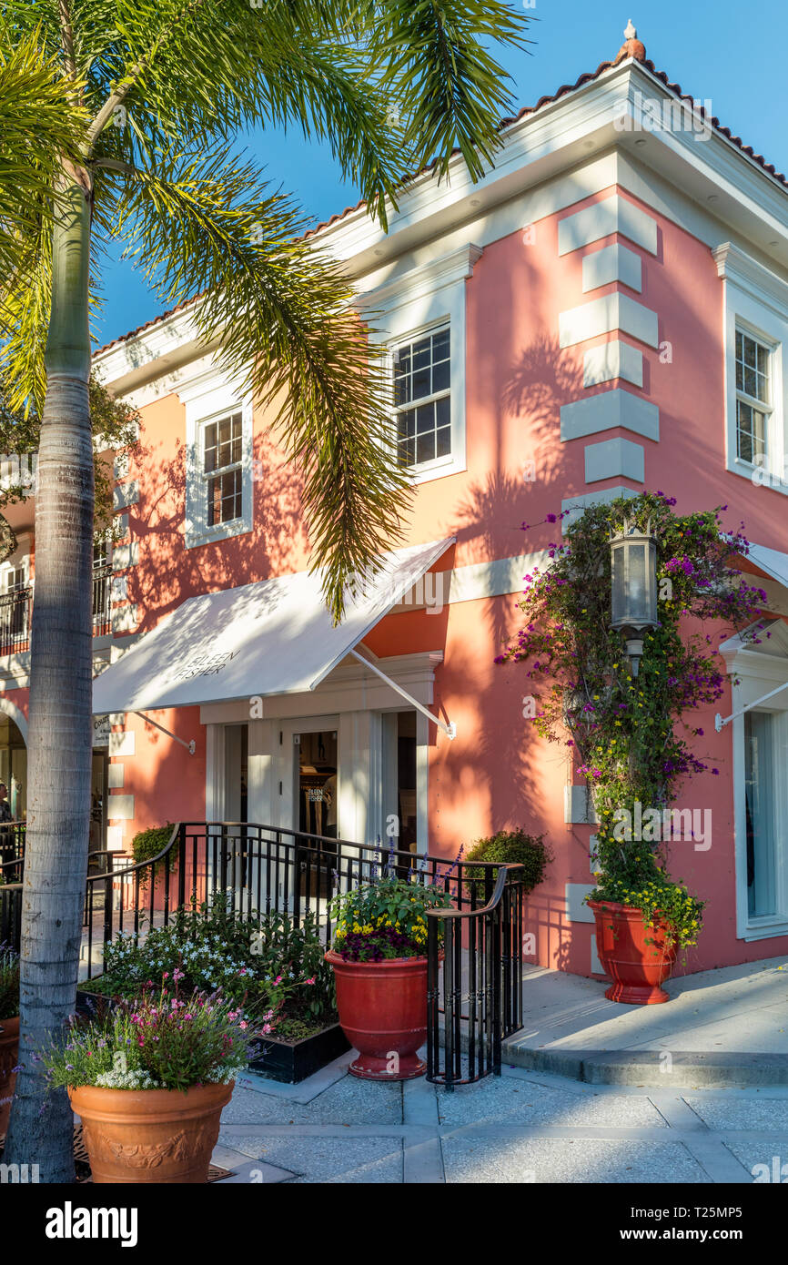 Eileen Fisher Boutique along trendy 3rd Street Shopping District, Naples, Florida, USA - Stock Image