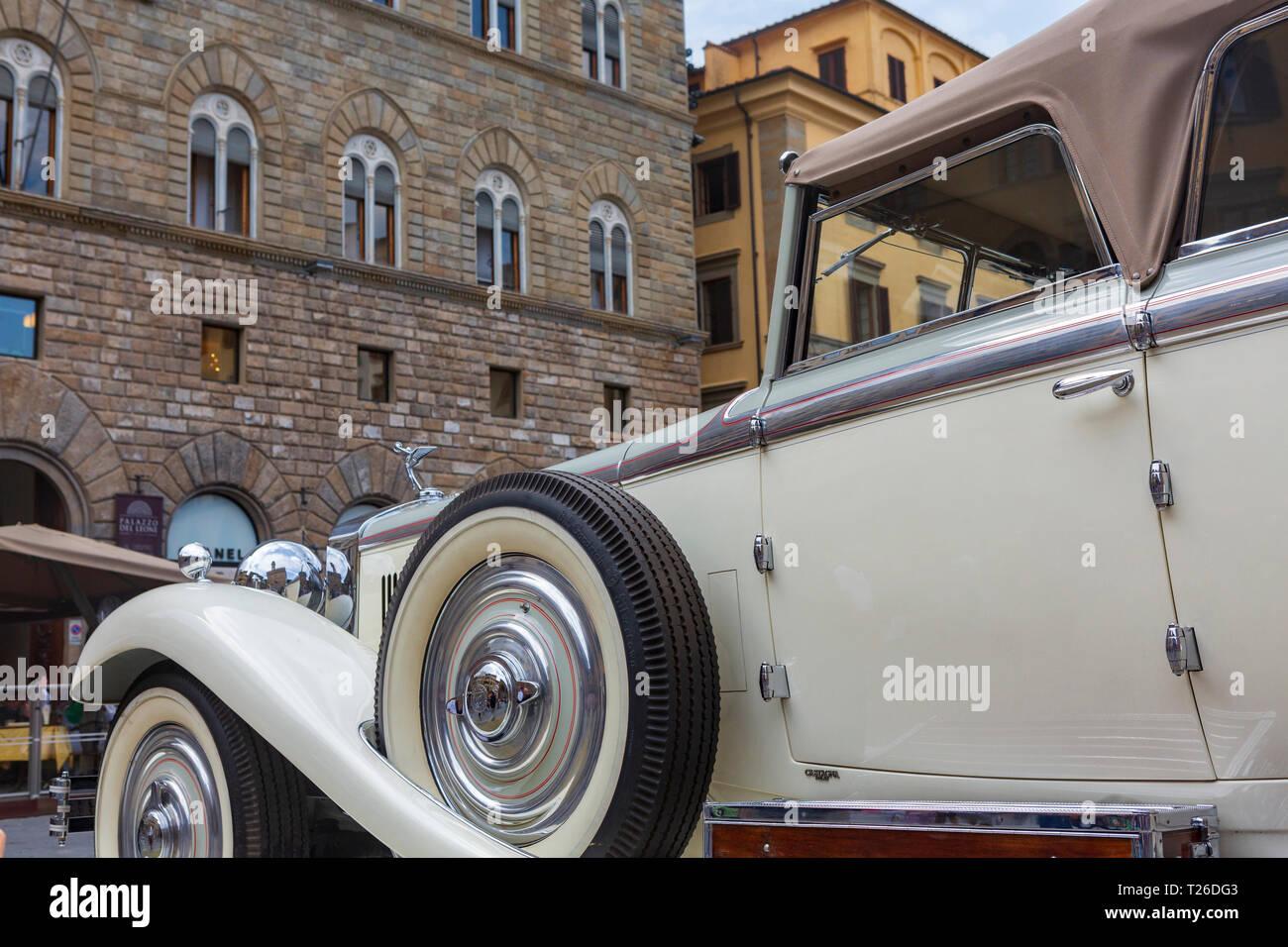 Alfa Romeo, an Italian luxury car company, display at Piazzo della Signoria, Florence, Tuscany, Italy. - Stock Image