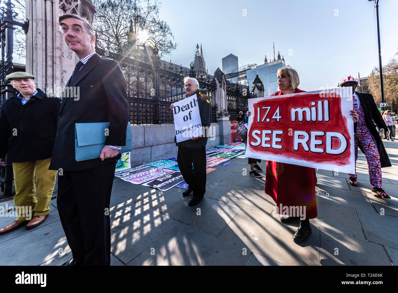 Conservative MP Jacob Rees-Mogg arriving at the Palace of Westminster, London, UK. 29th March 2019, the date that should have been Brexit. Protester Stock Photo